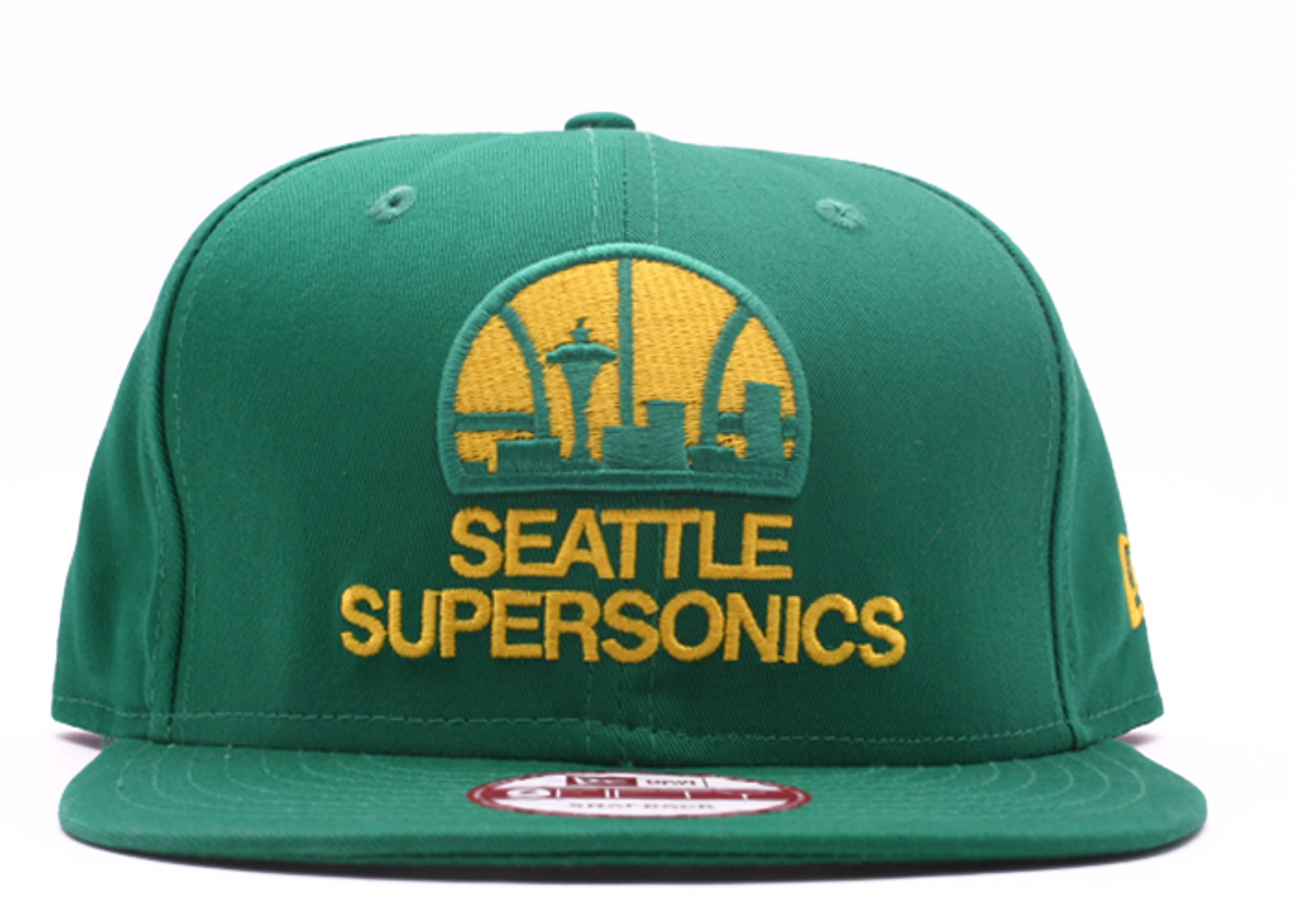 seattle supersonics snap-back