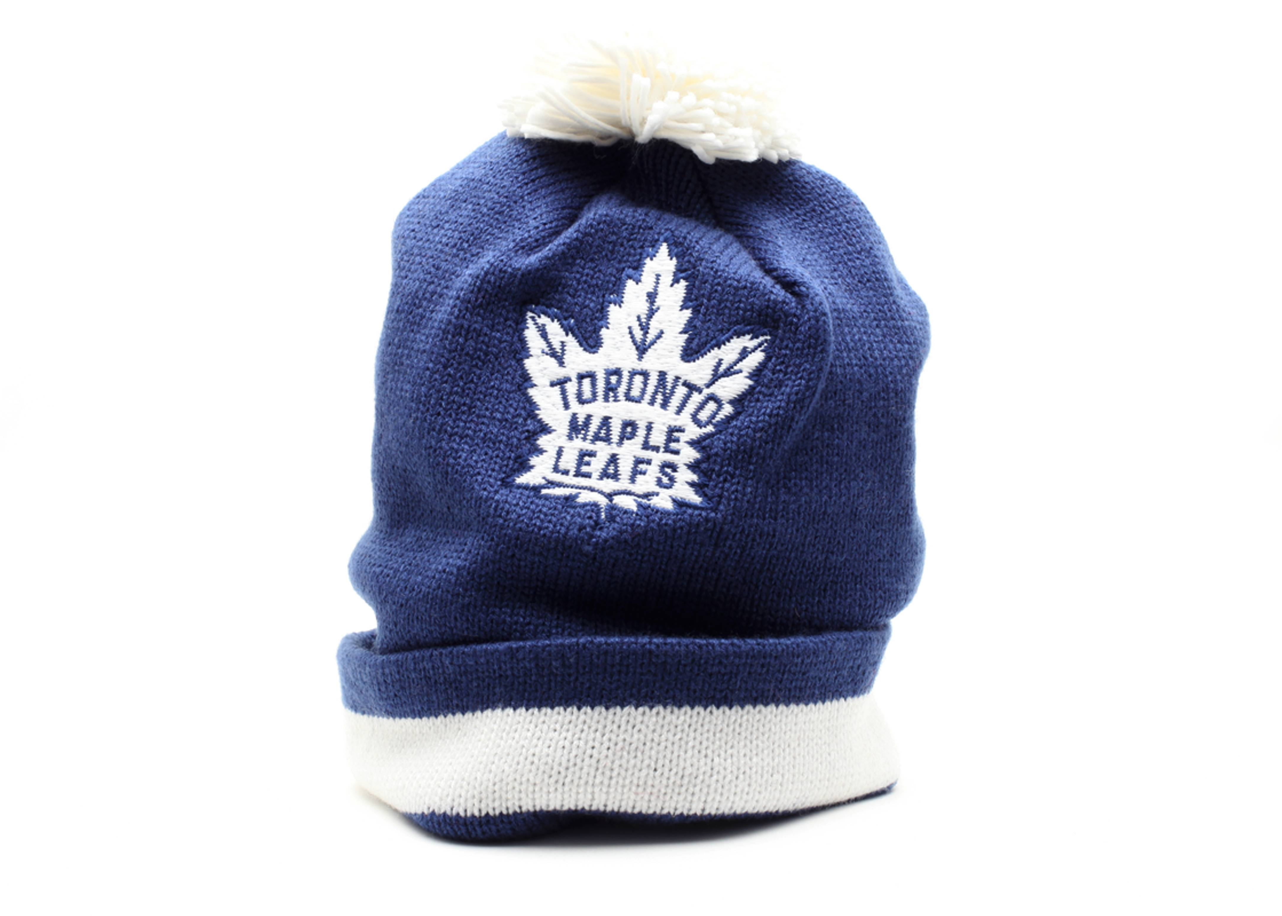 toronto maple leafs cuffed pom knit beanie