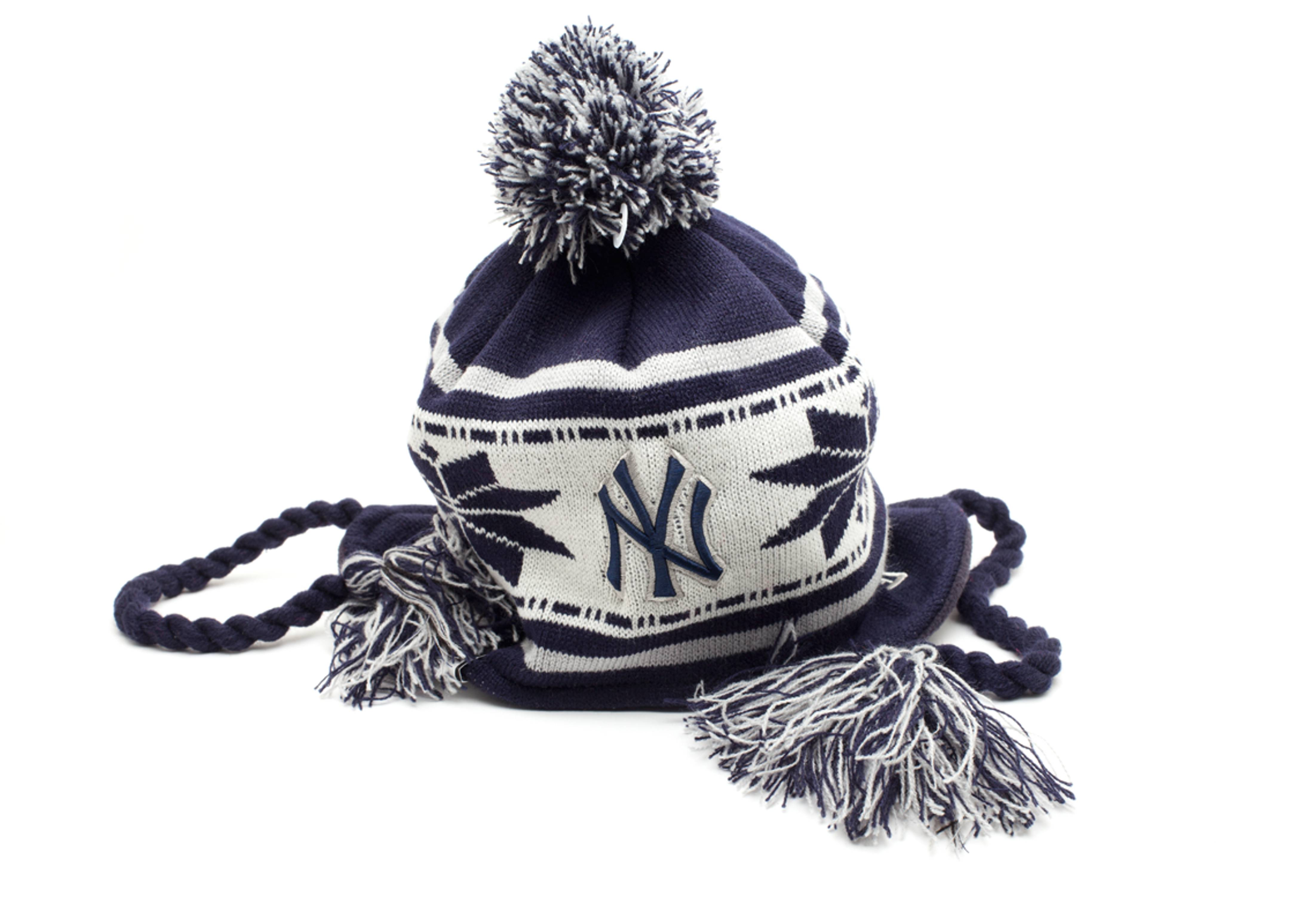 new york yankees pom knit beanie