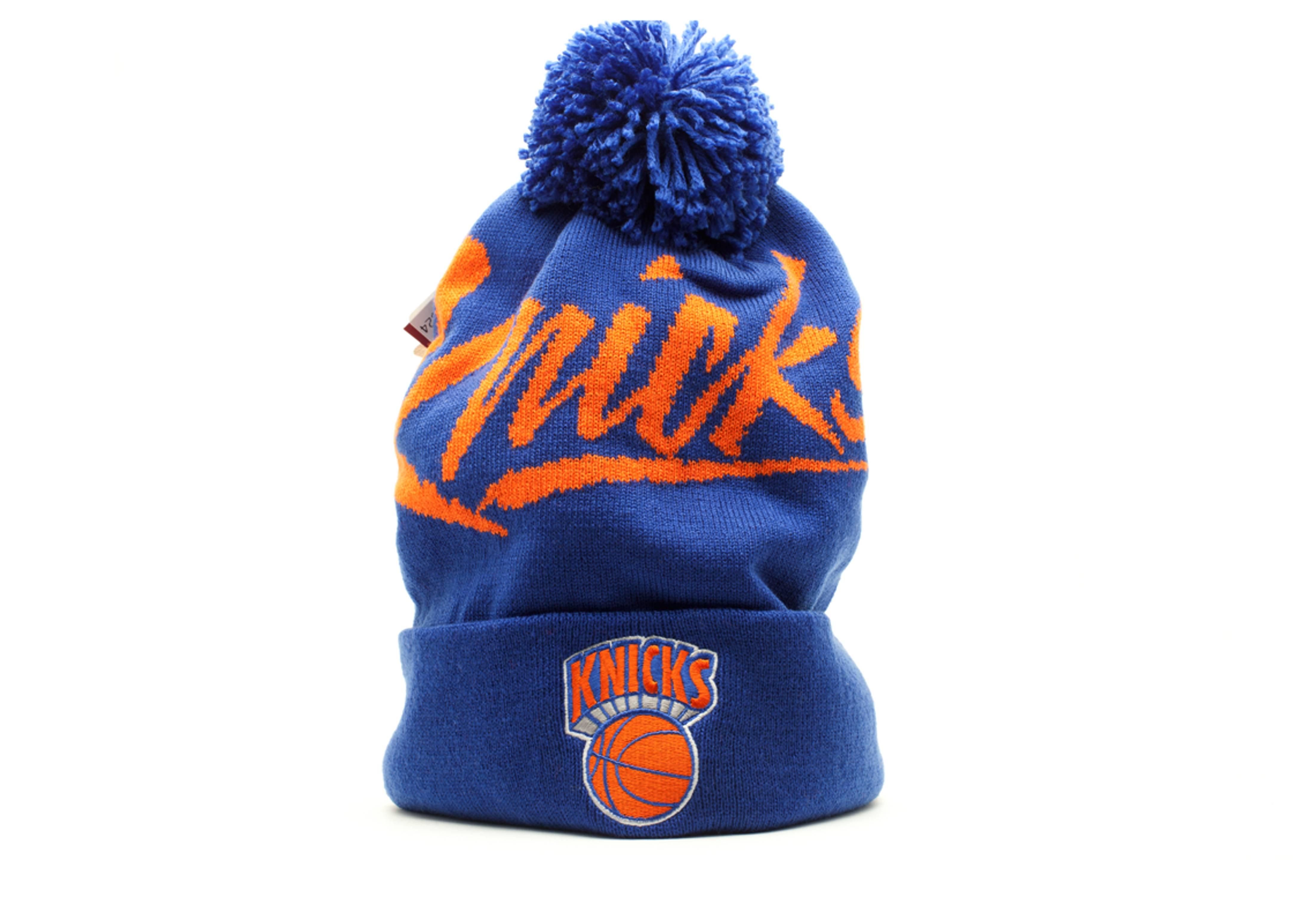 new york knicks cuffed pom knit beanie