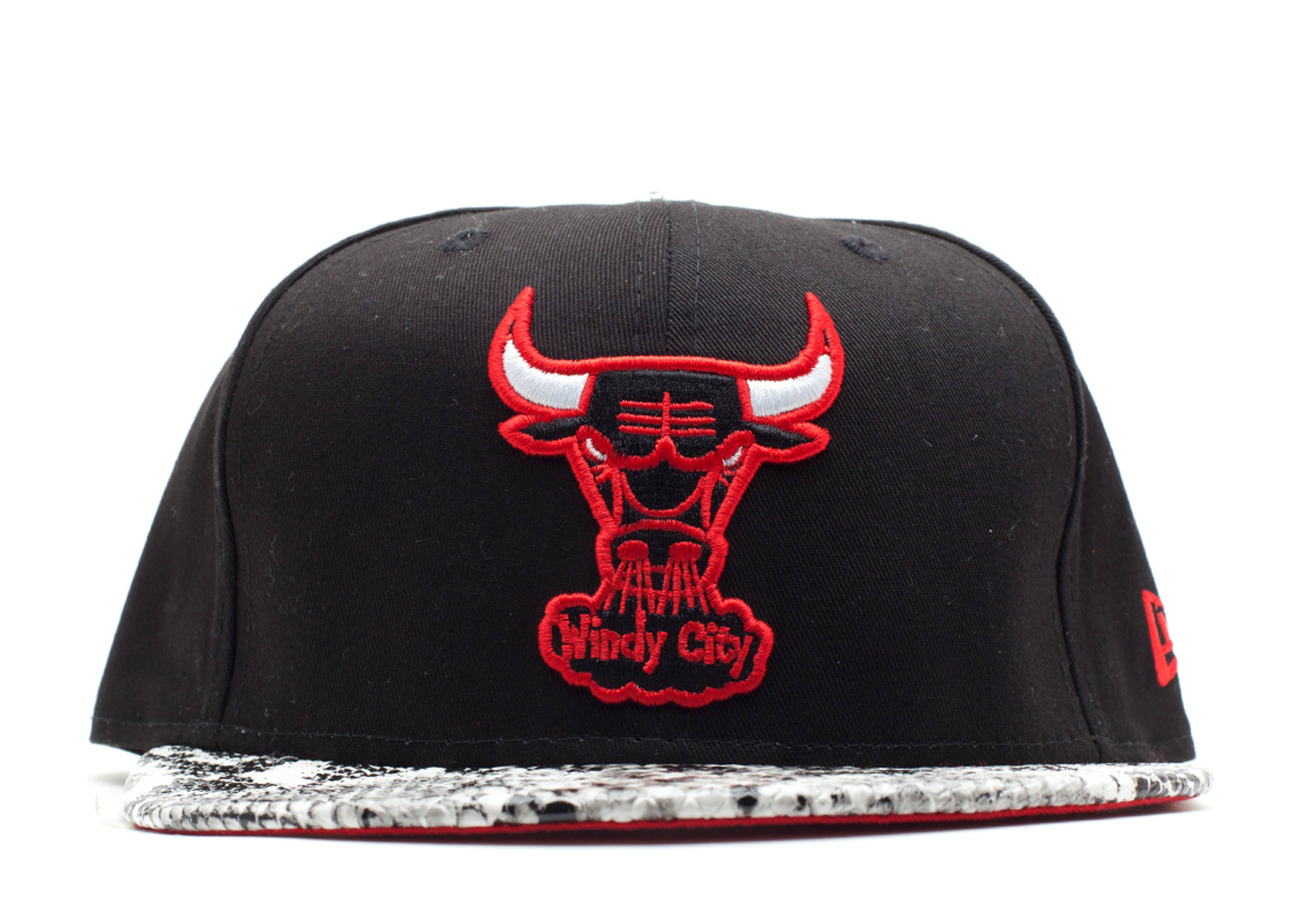 "chicago bulls snap-back ""snake"""