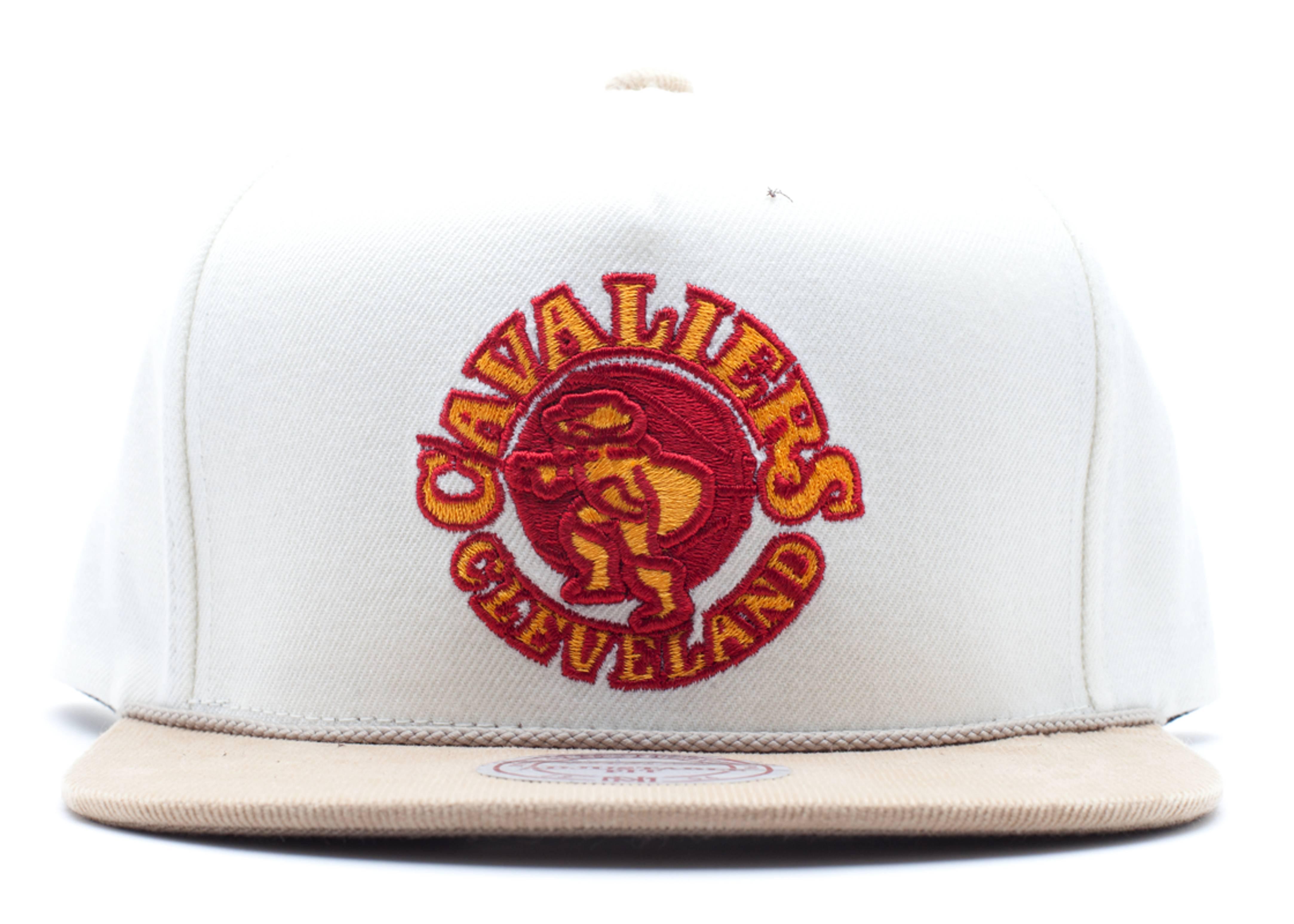 "cleveland cavaliers snap-back ""strap-back"""