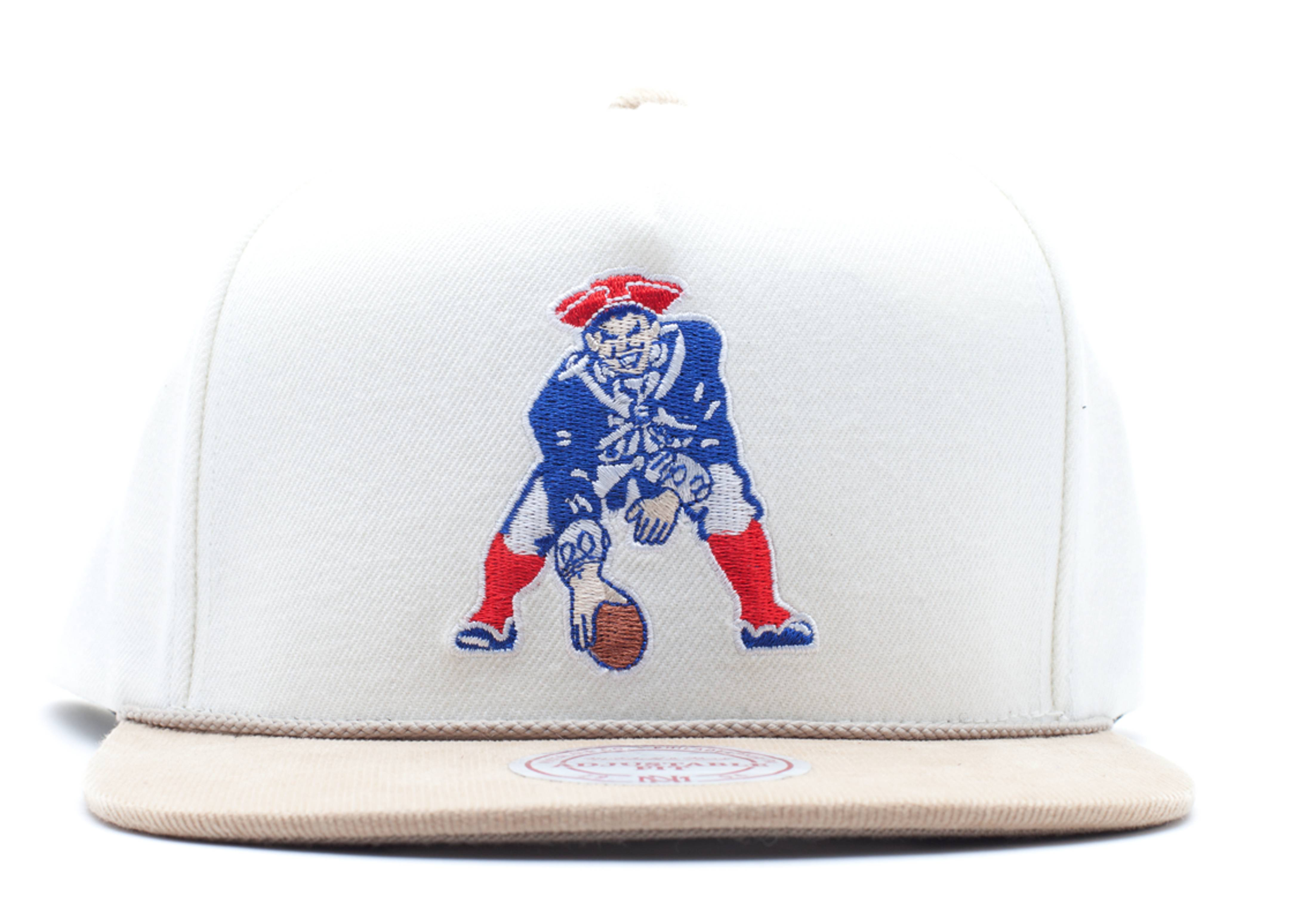 "new england patriots snap-back ""strap-back"""