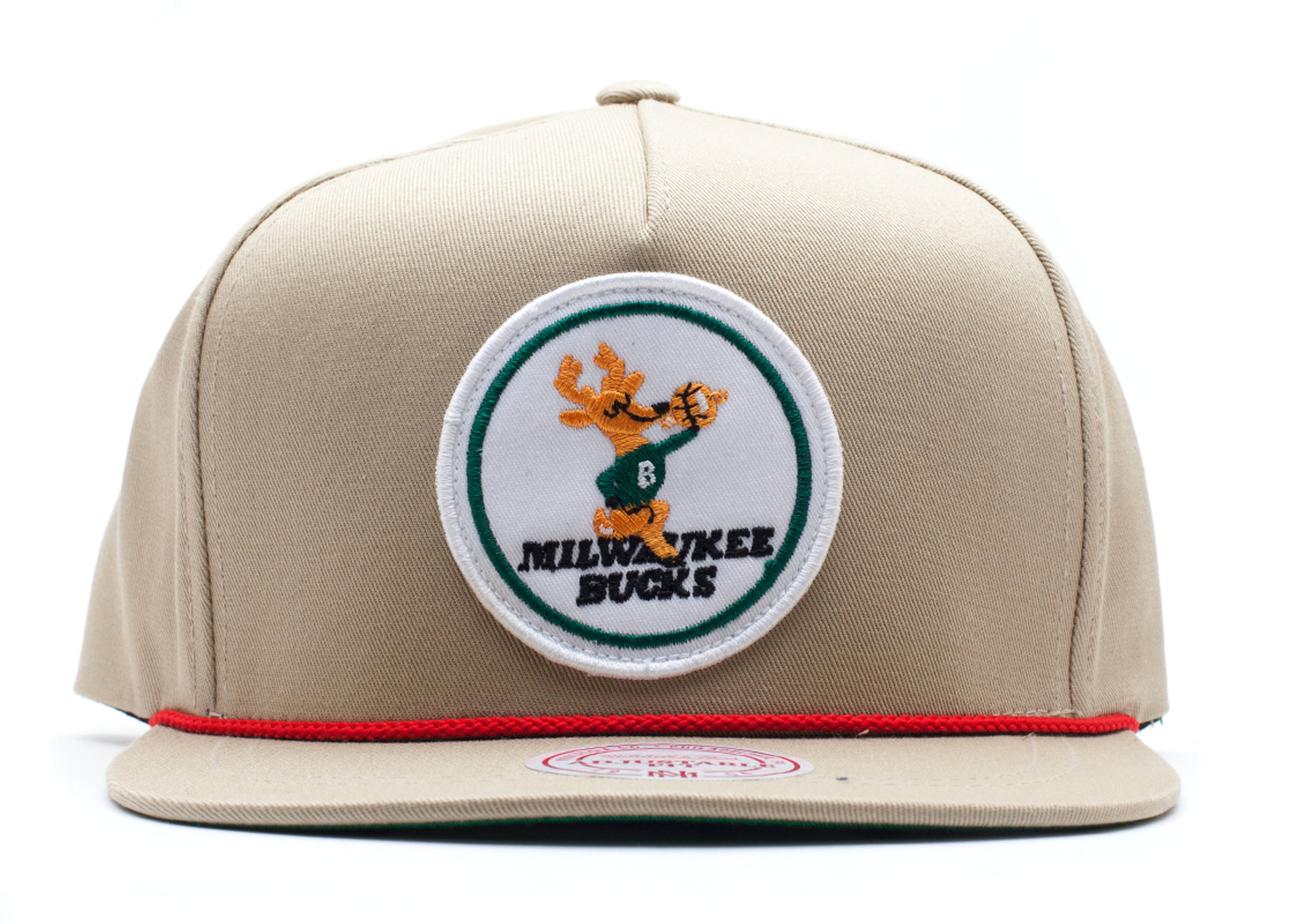 "milwaukee bucks snap-back ""strap-back"""