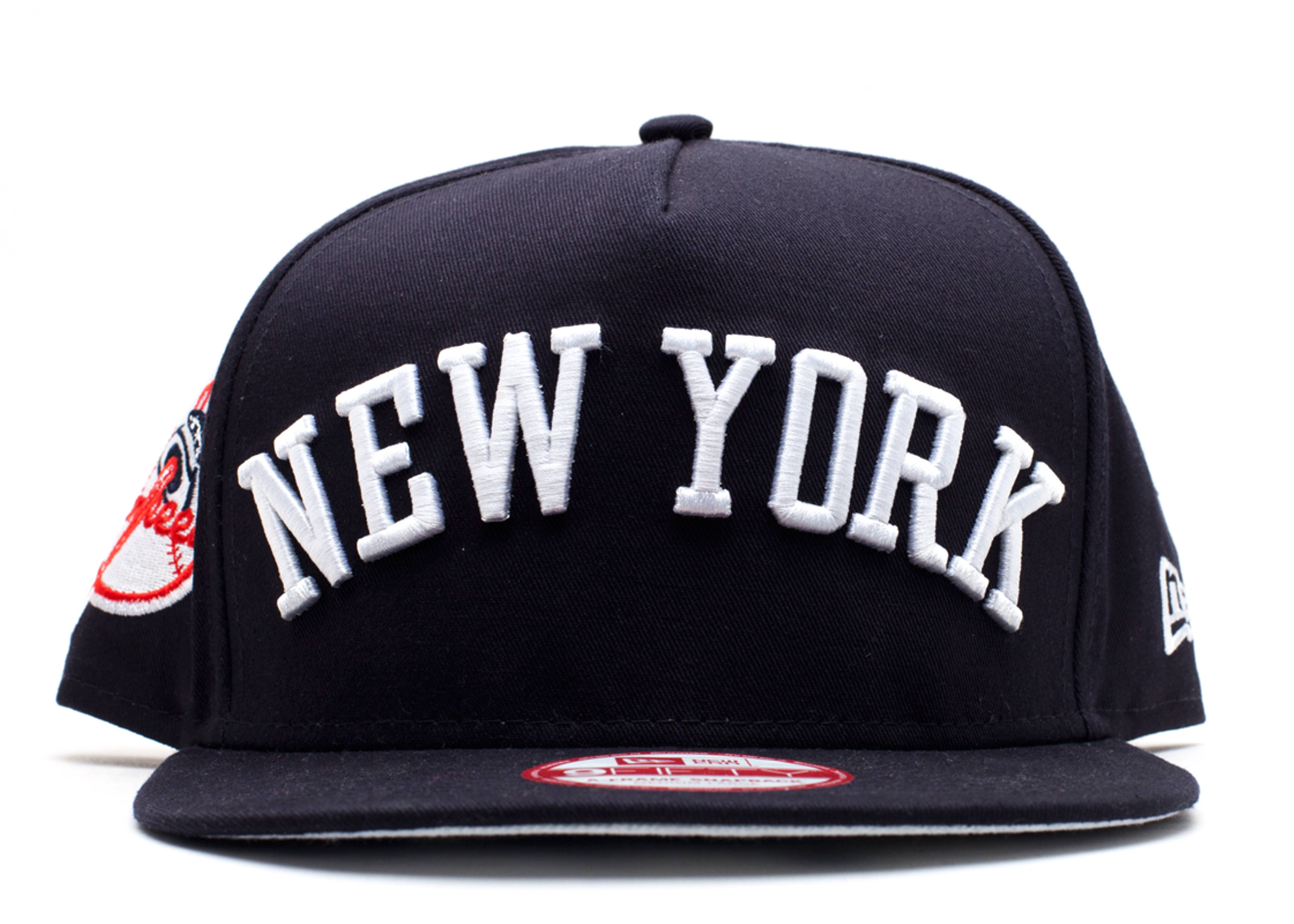 "new york yankees snap-back ""city skyline underbrim"""