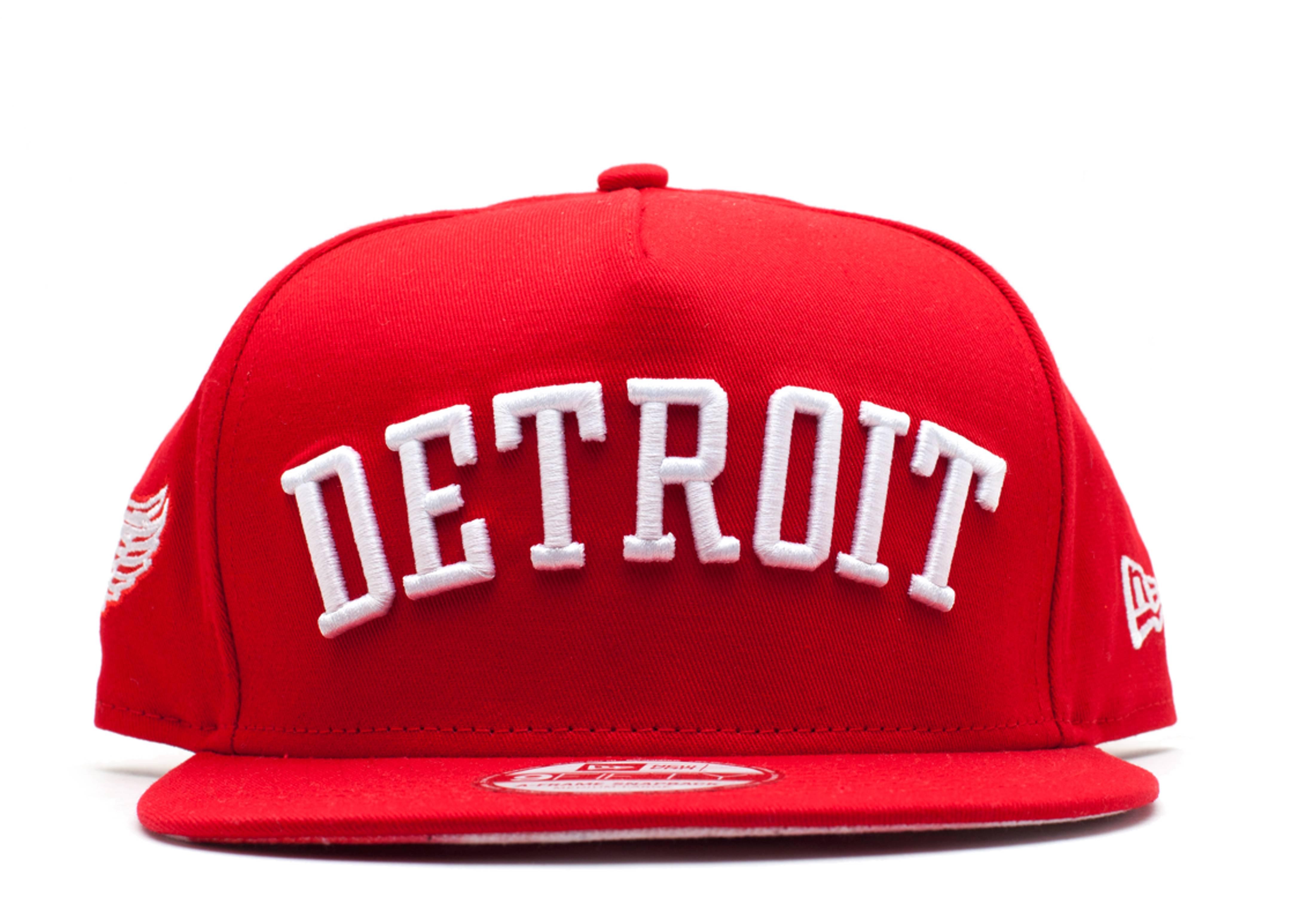 "detroit redwings snap-back ""city skyline underbrim"""