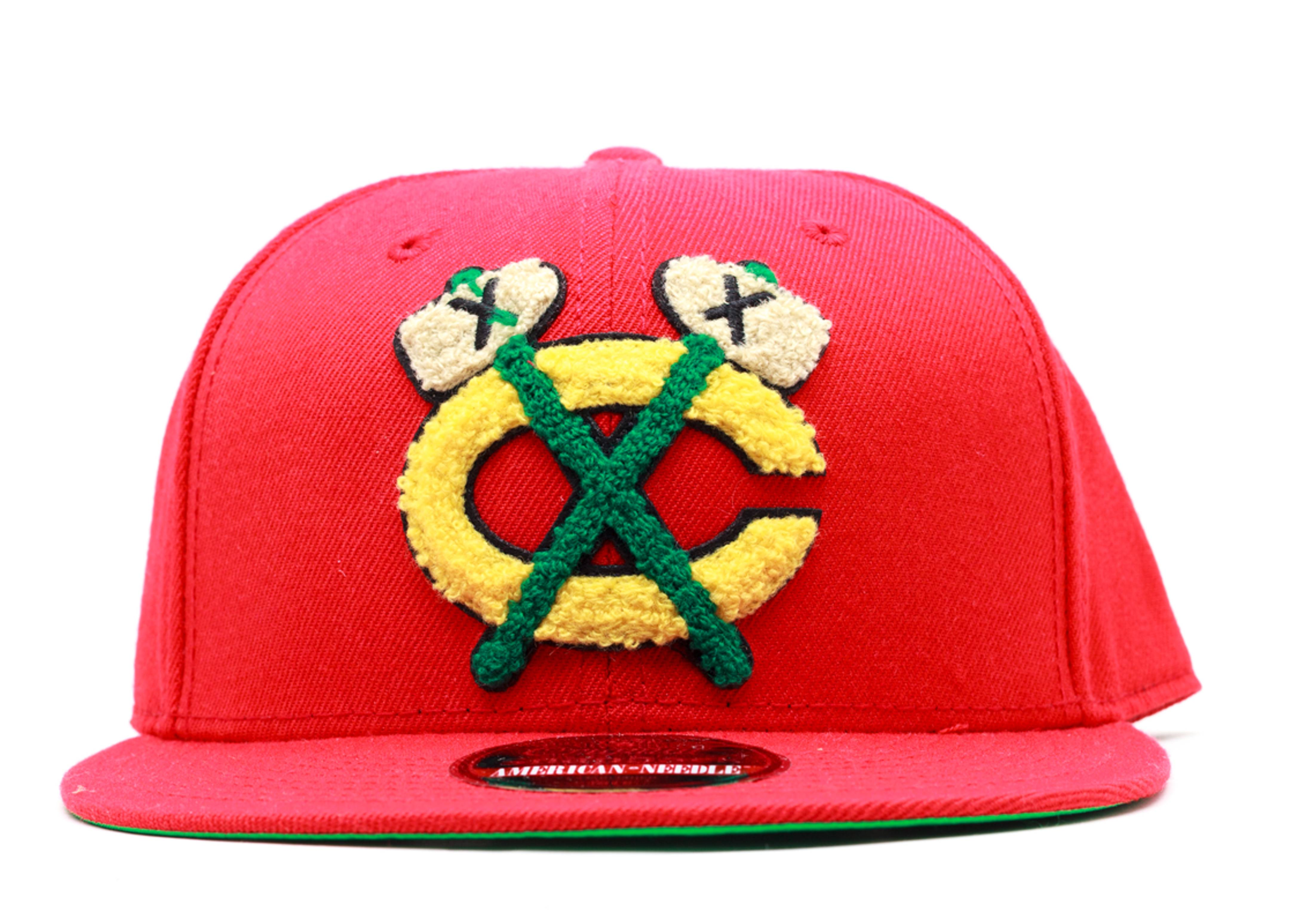 "chicago blackhawks snap-back ""varsity"""