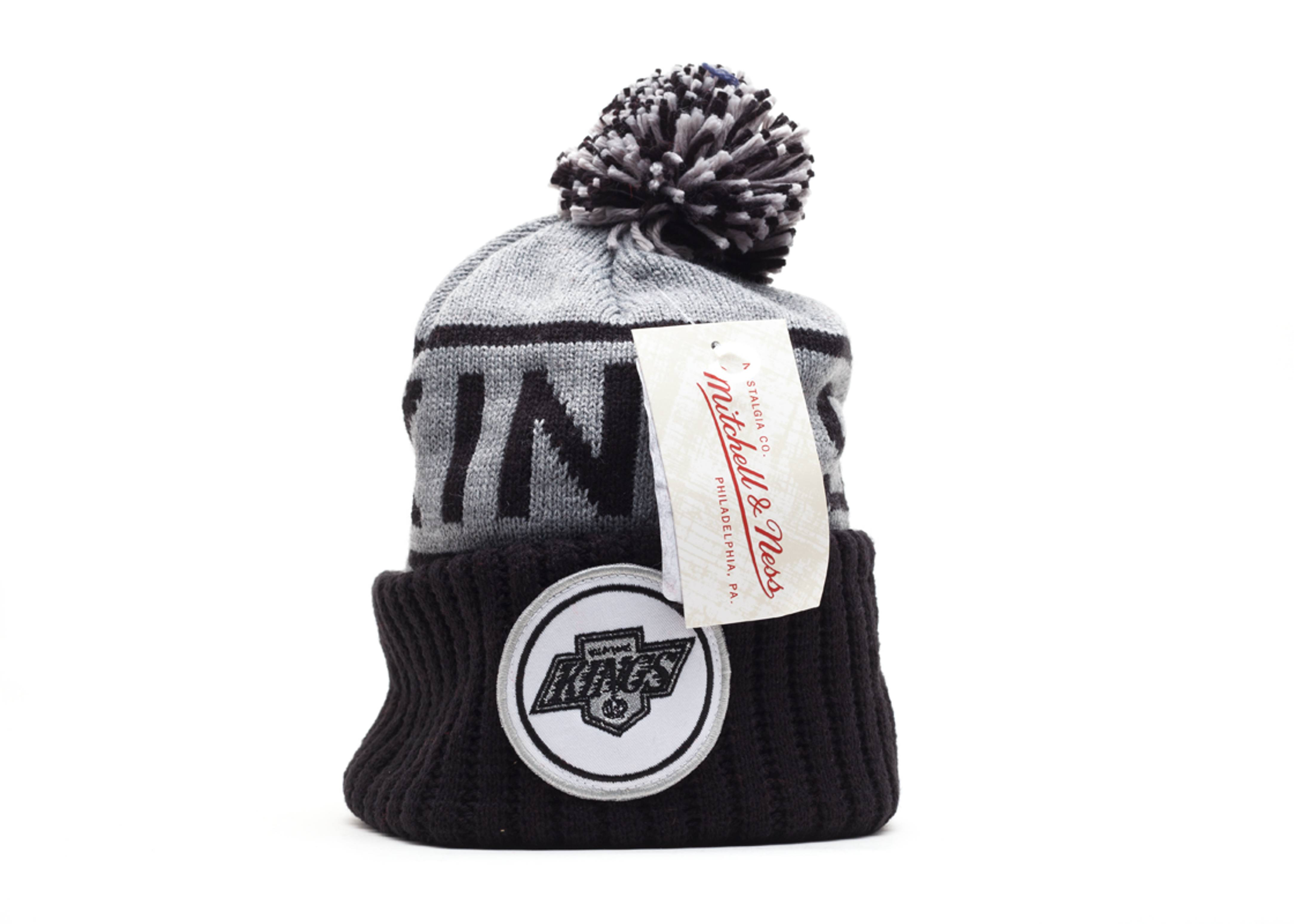 los angeles kings cuffed pom knit beanie