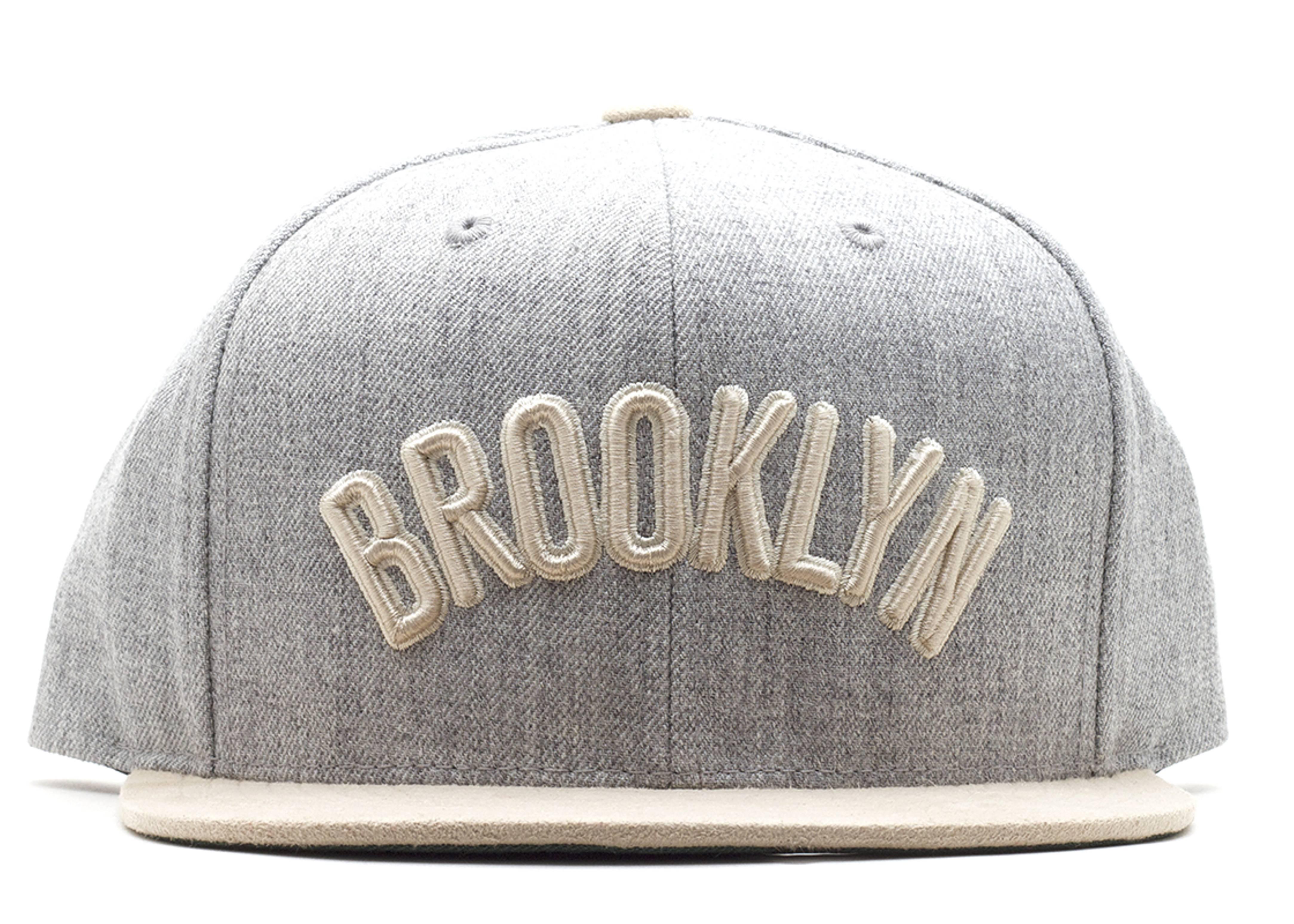 brooklyn nets strap-bacl