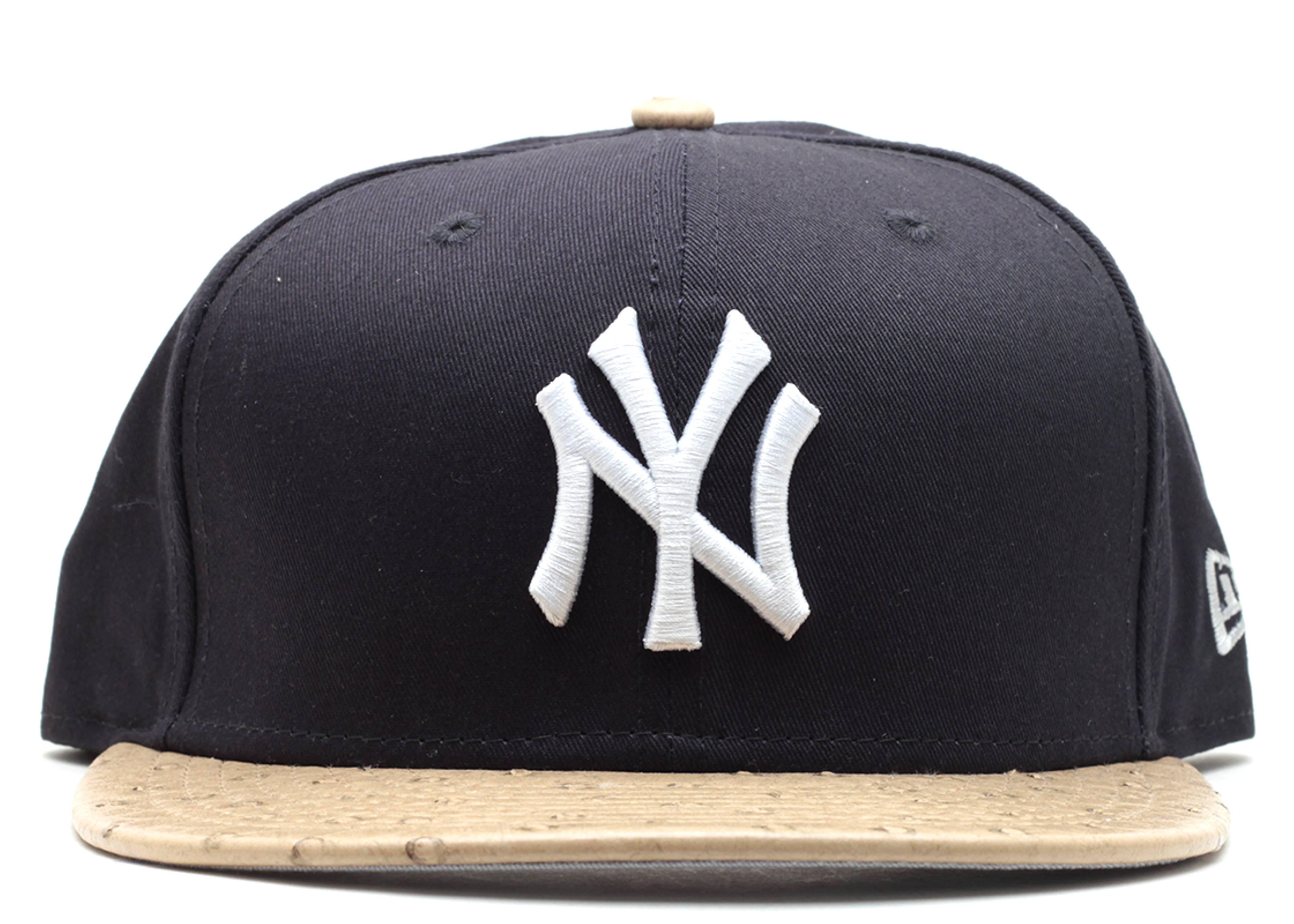 "new york yankees strap-back ""ostrich"""