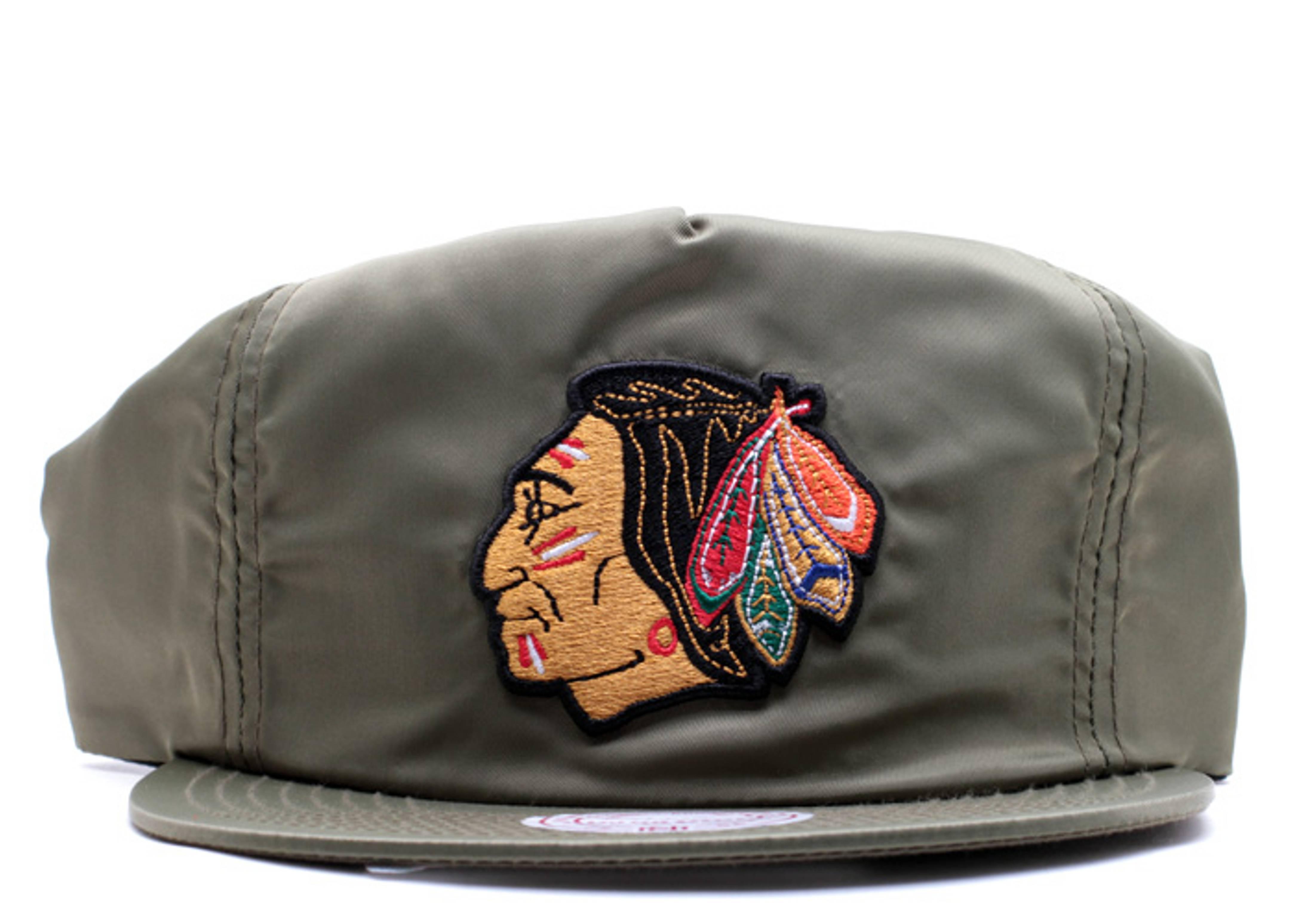 chicago blackhawks nylon zip-back