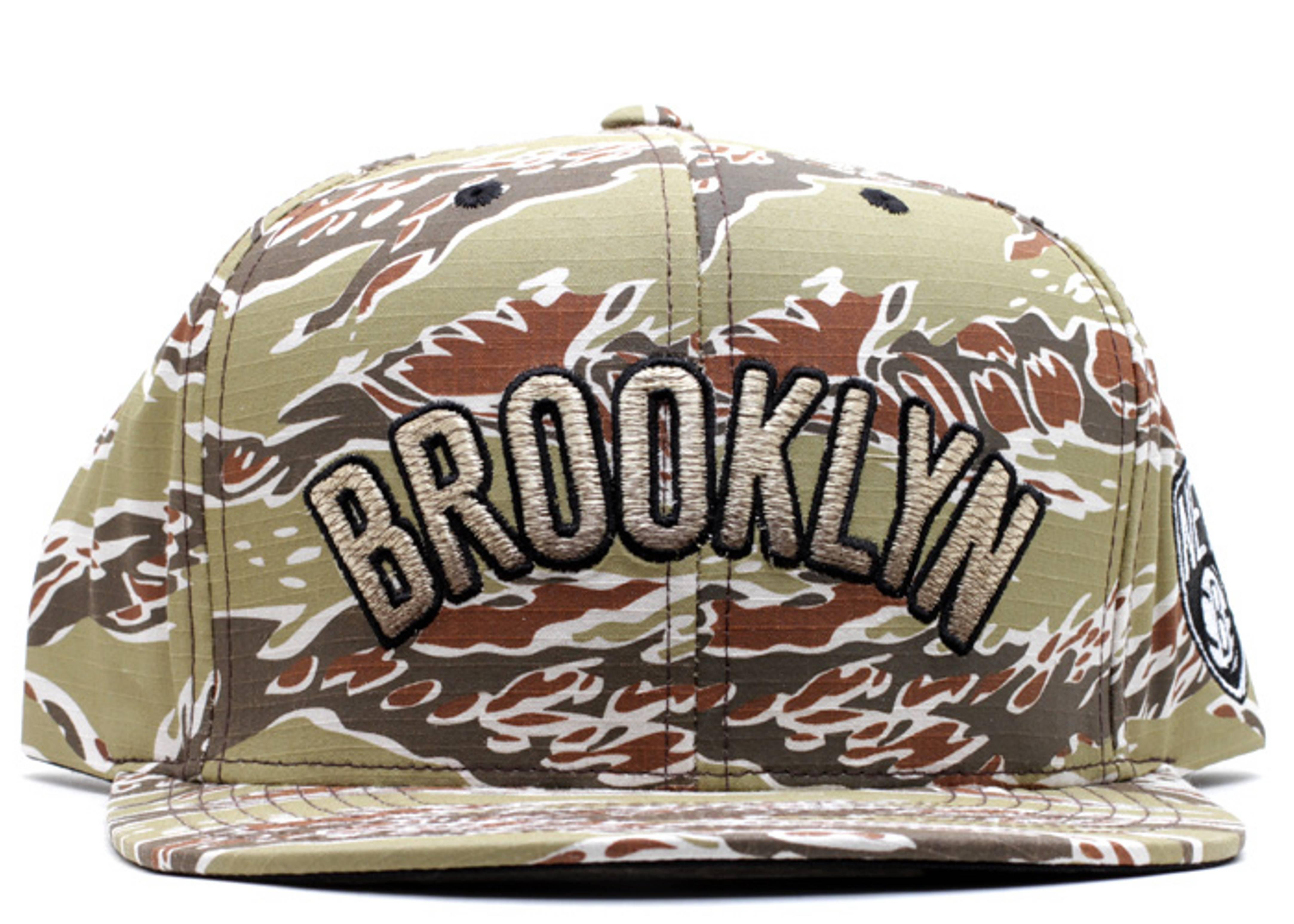 "brooklyn nets snap-back ""desert storm"""