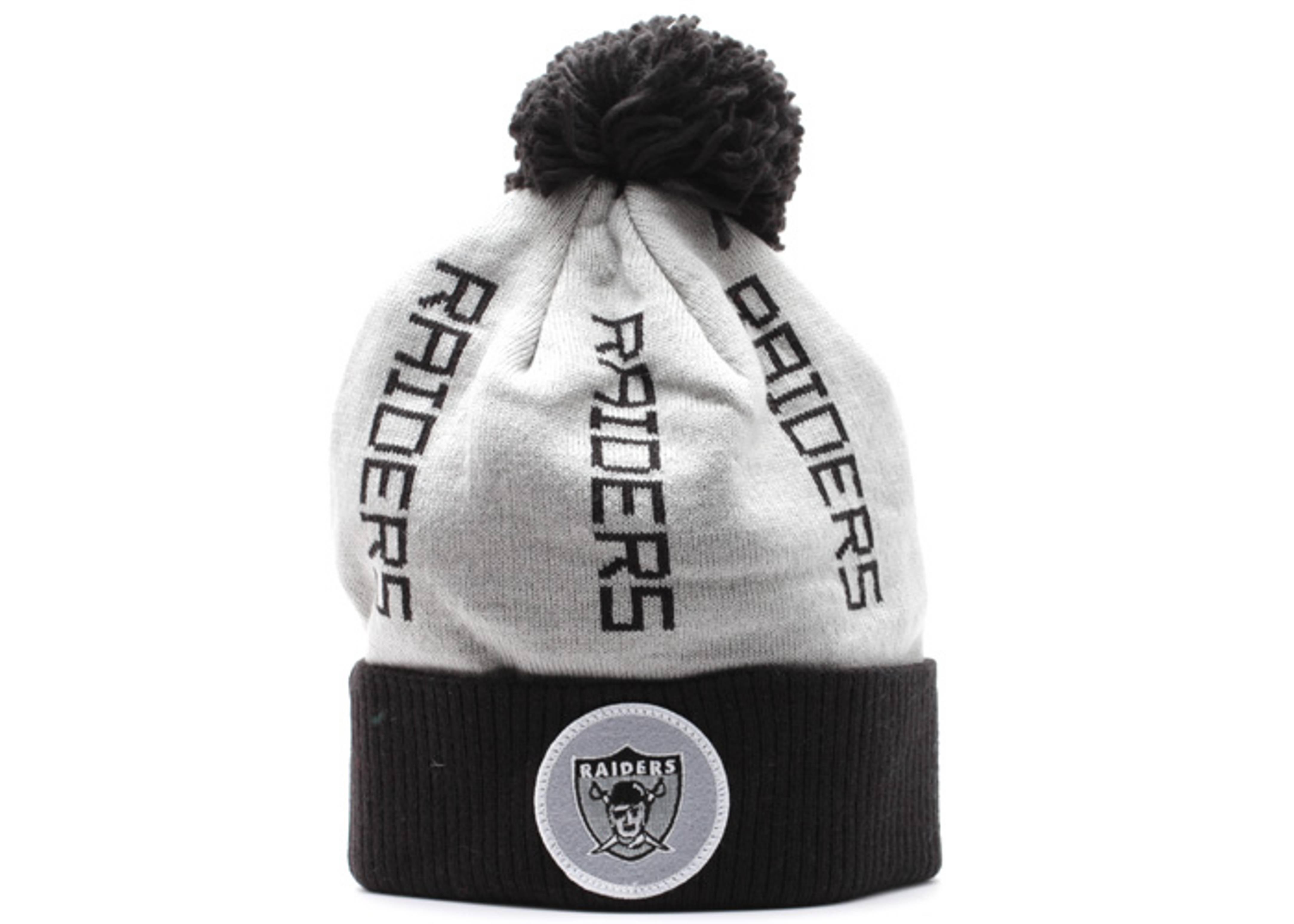 b4c2c80bebe4f Oakland Raiders Cuffed Pom Knit Beanie - Mitchell   Ness ...