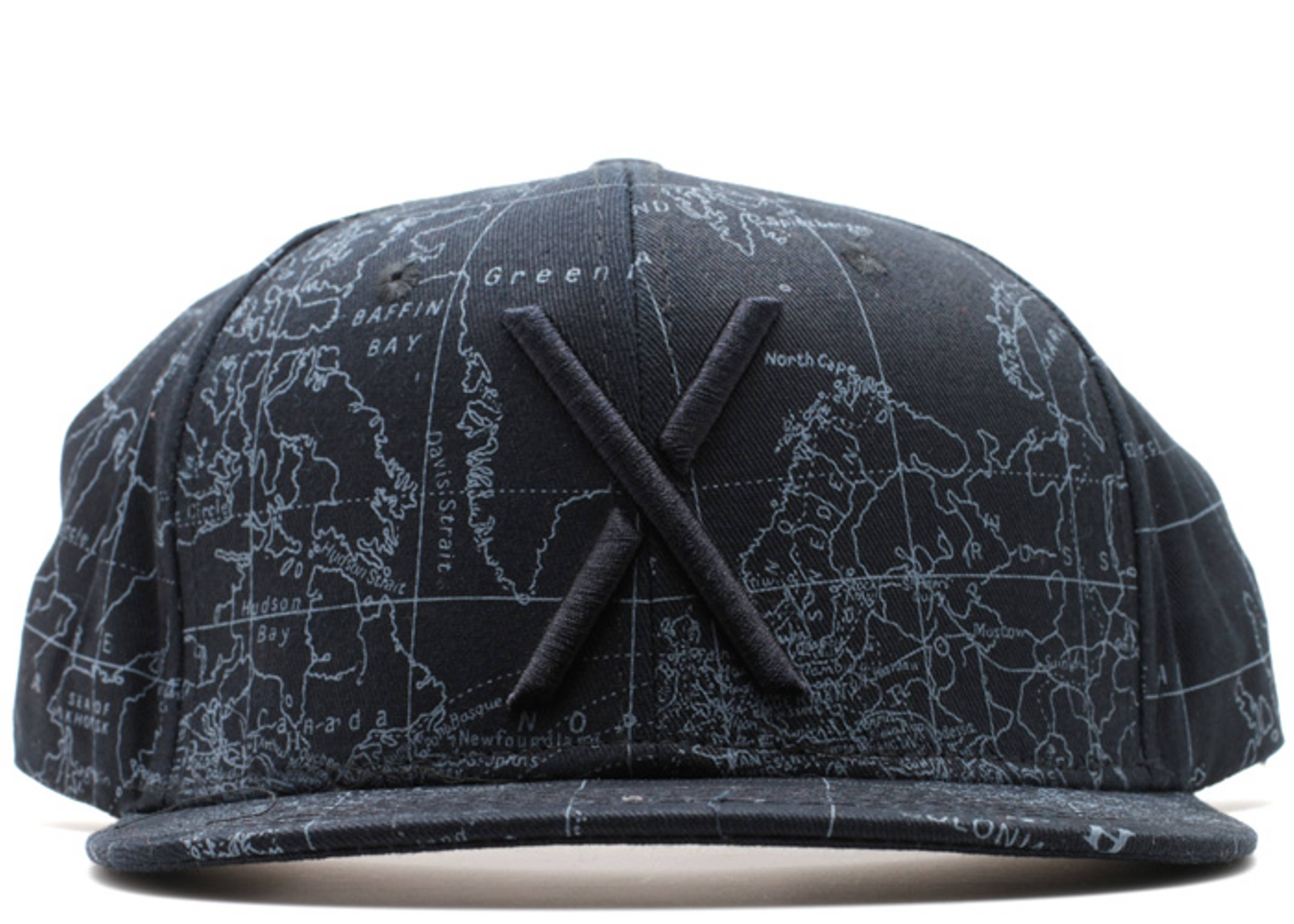 living larger map snap-back