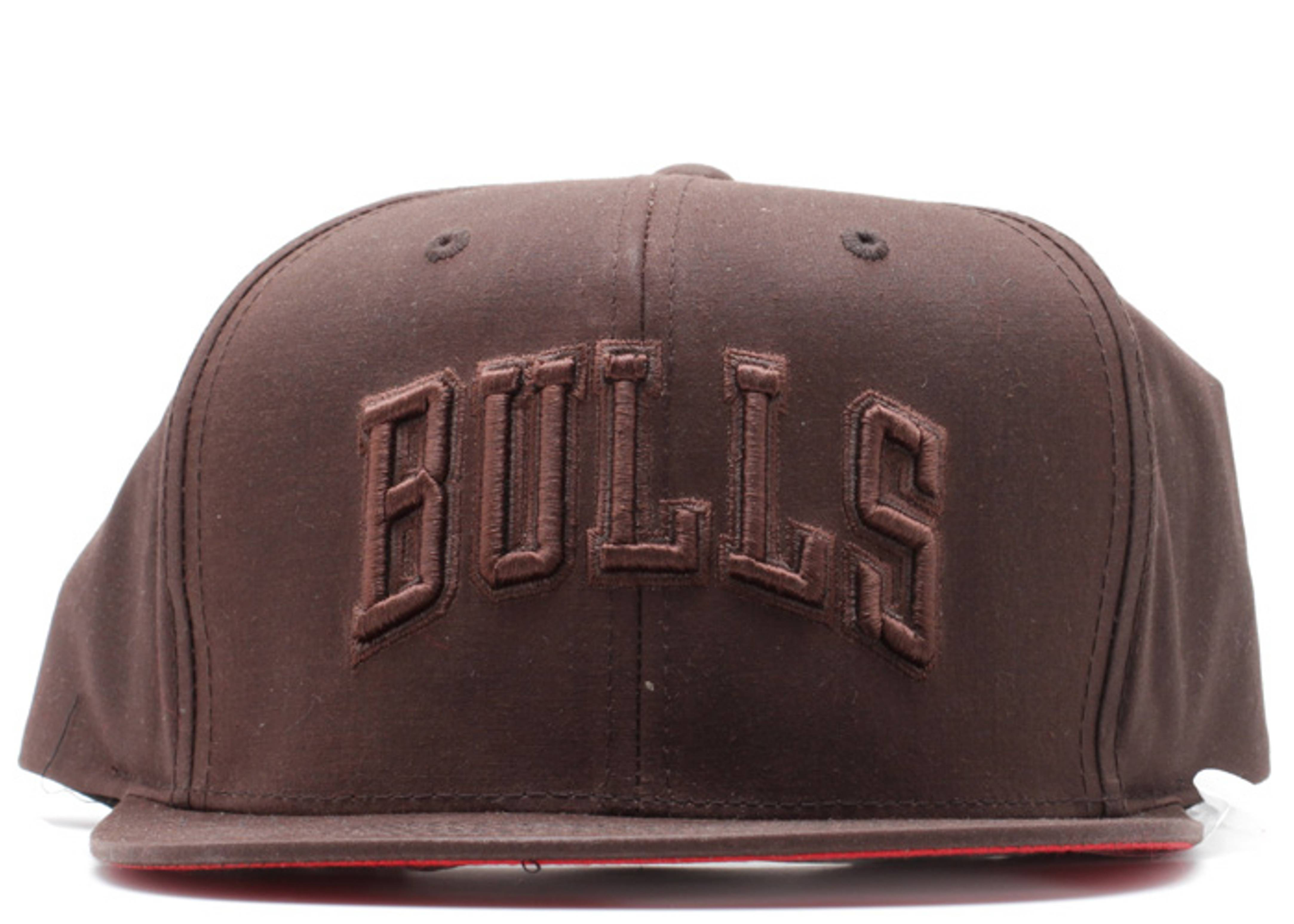 chicago bulls waxed canvas strap-back