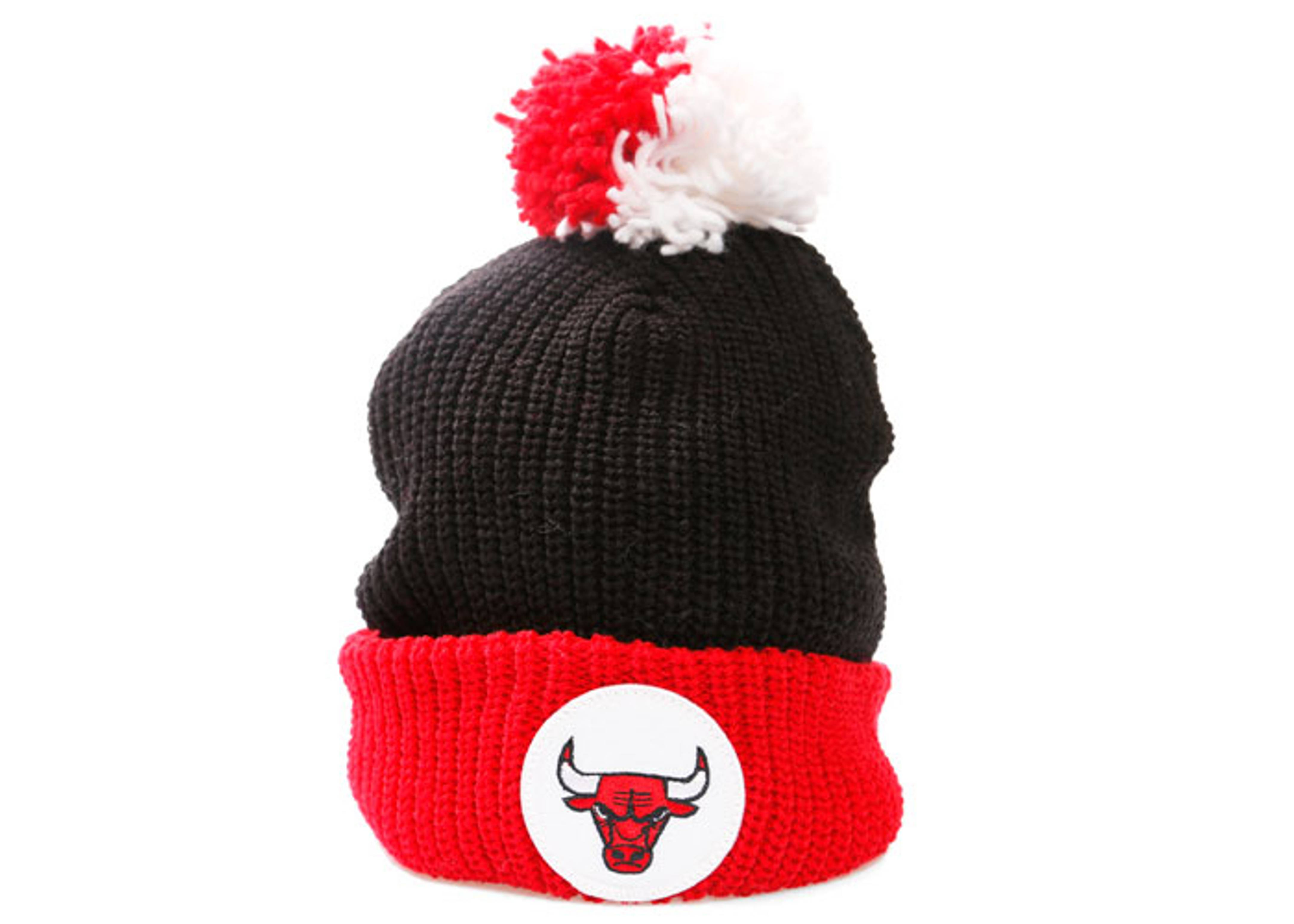chicago bulls cuffed pom knit beanie