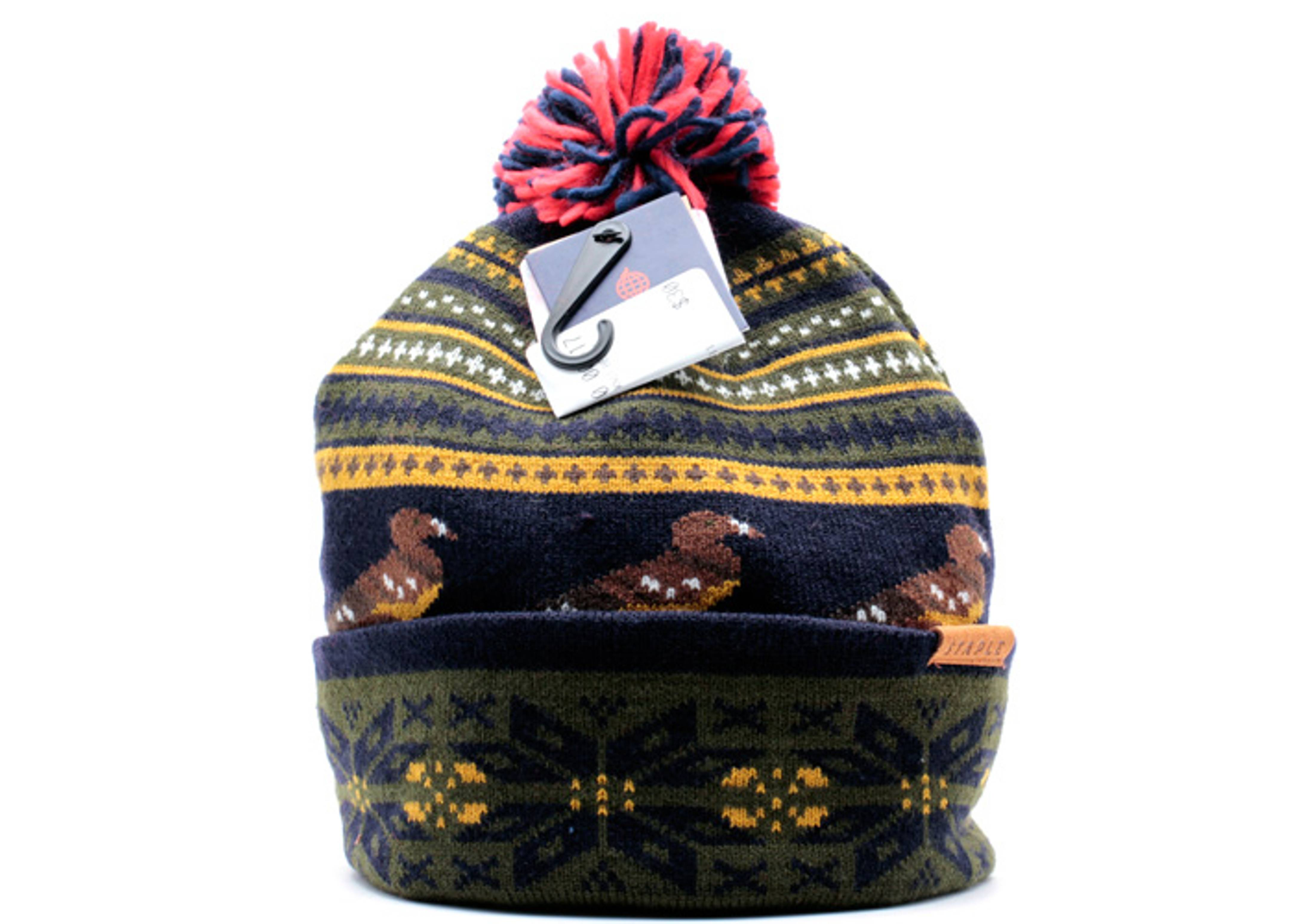 dorset pigeon cuffed pom knit beanie