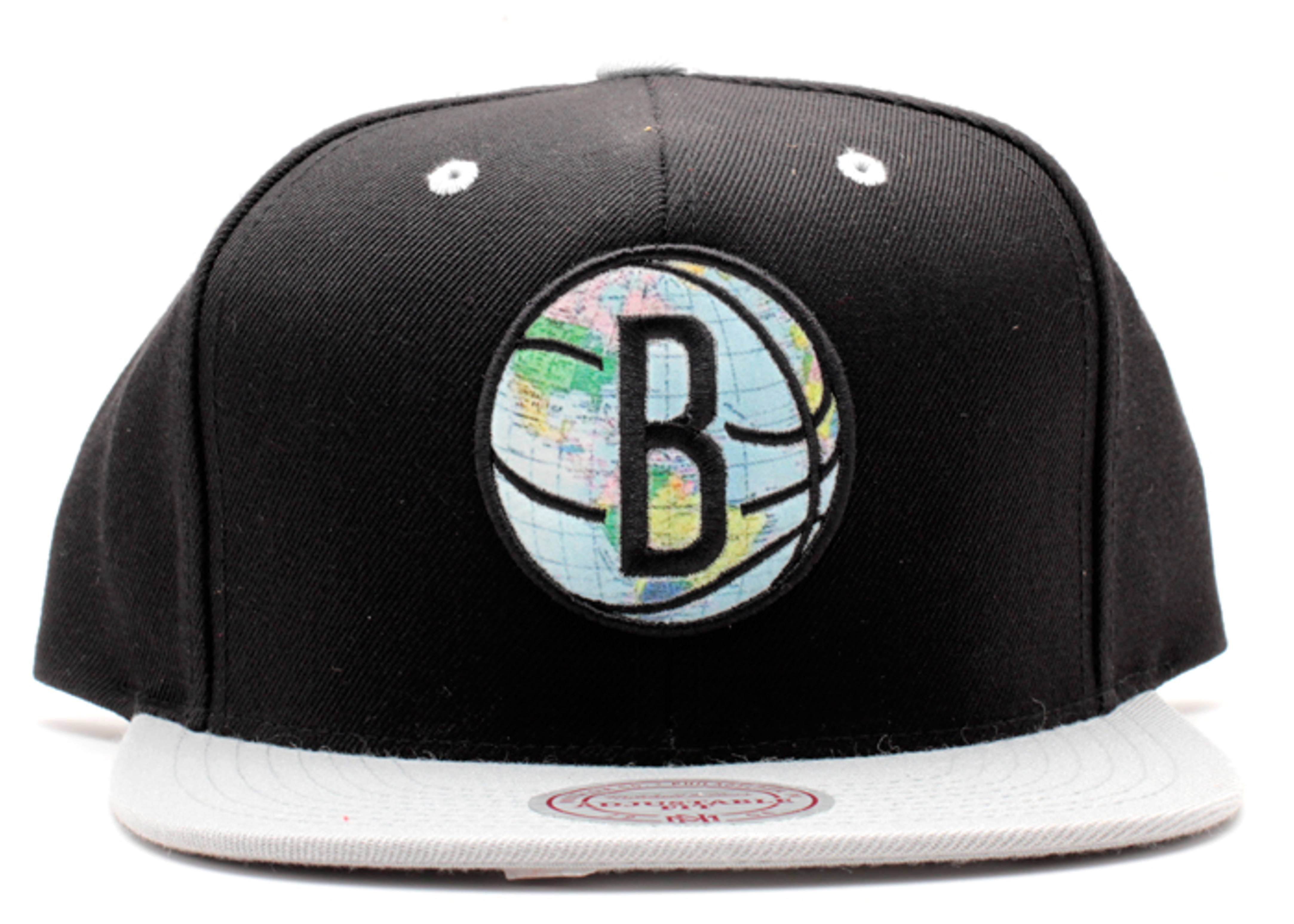 "brooklyn nets snap-back ""world tour"""