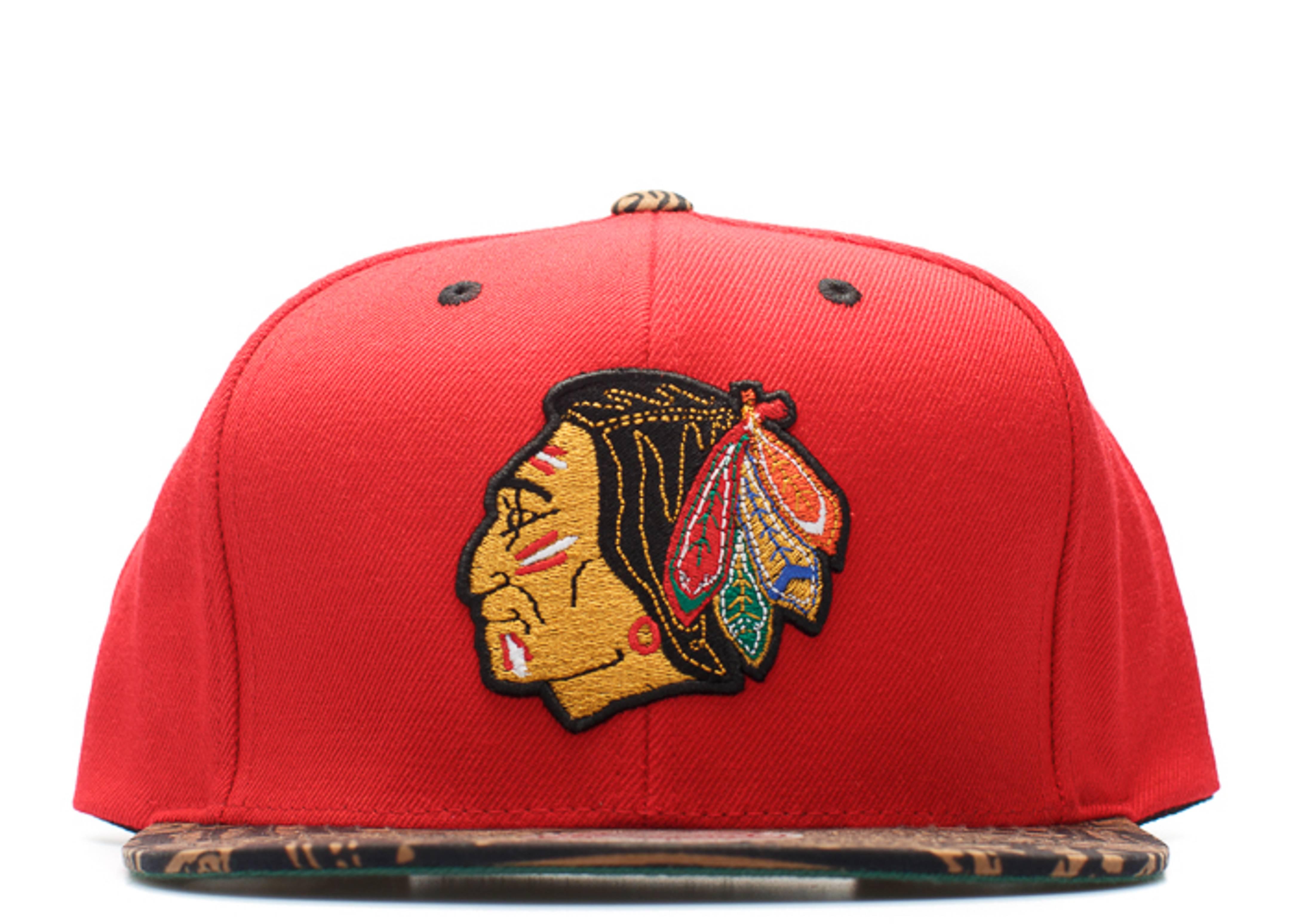 chicago blackhawks archive strap-back