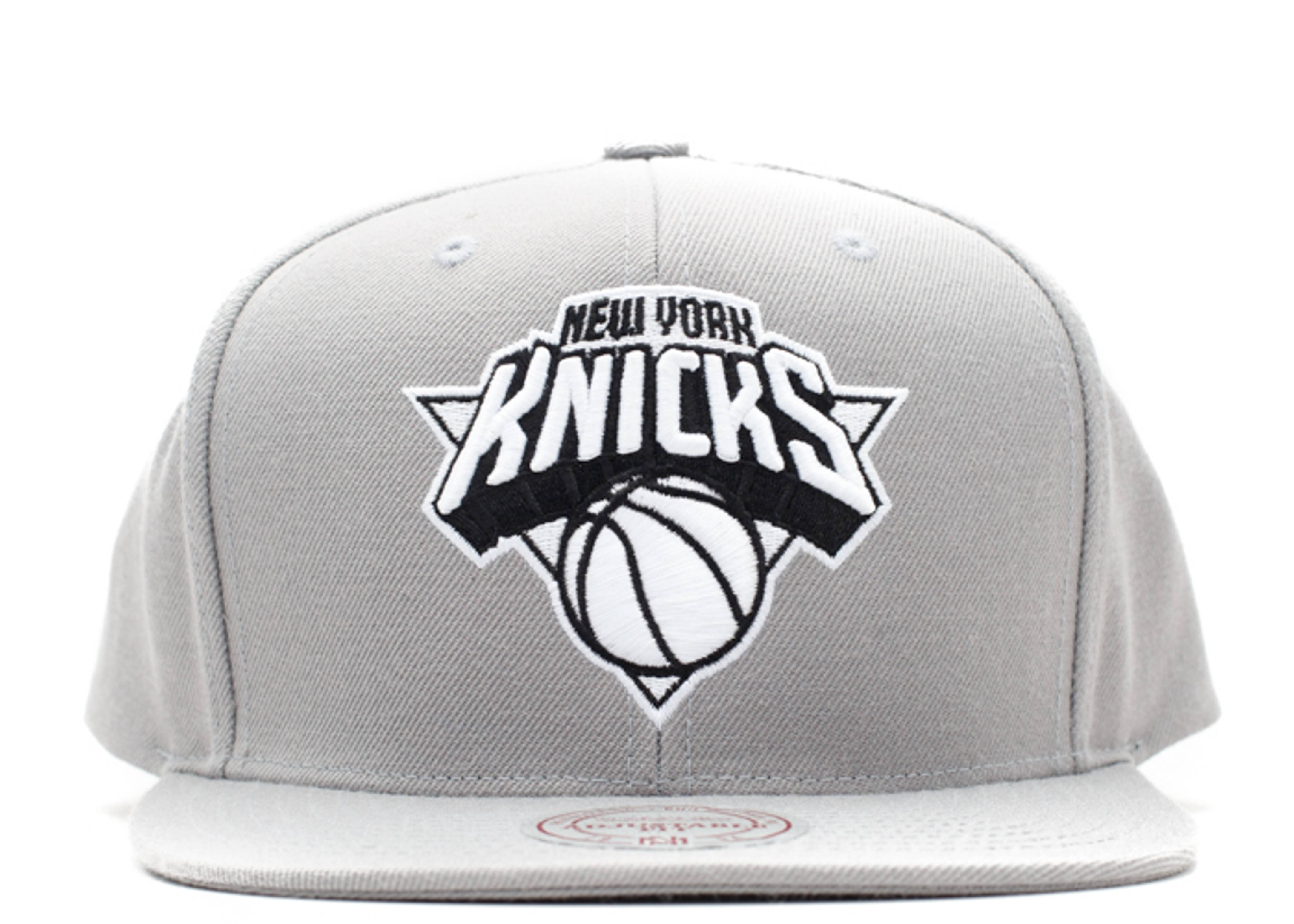 new york knicks snap-back
