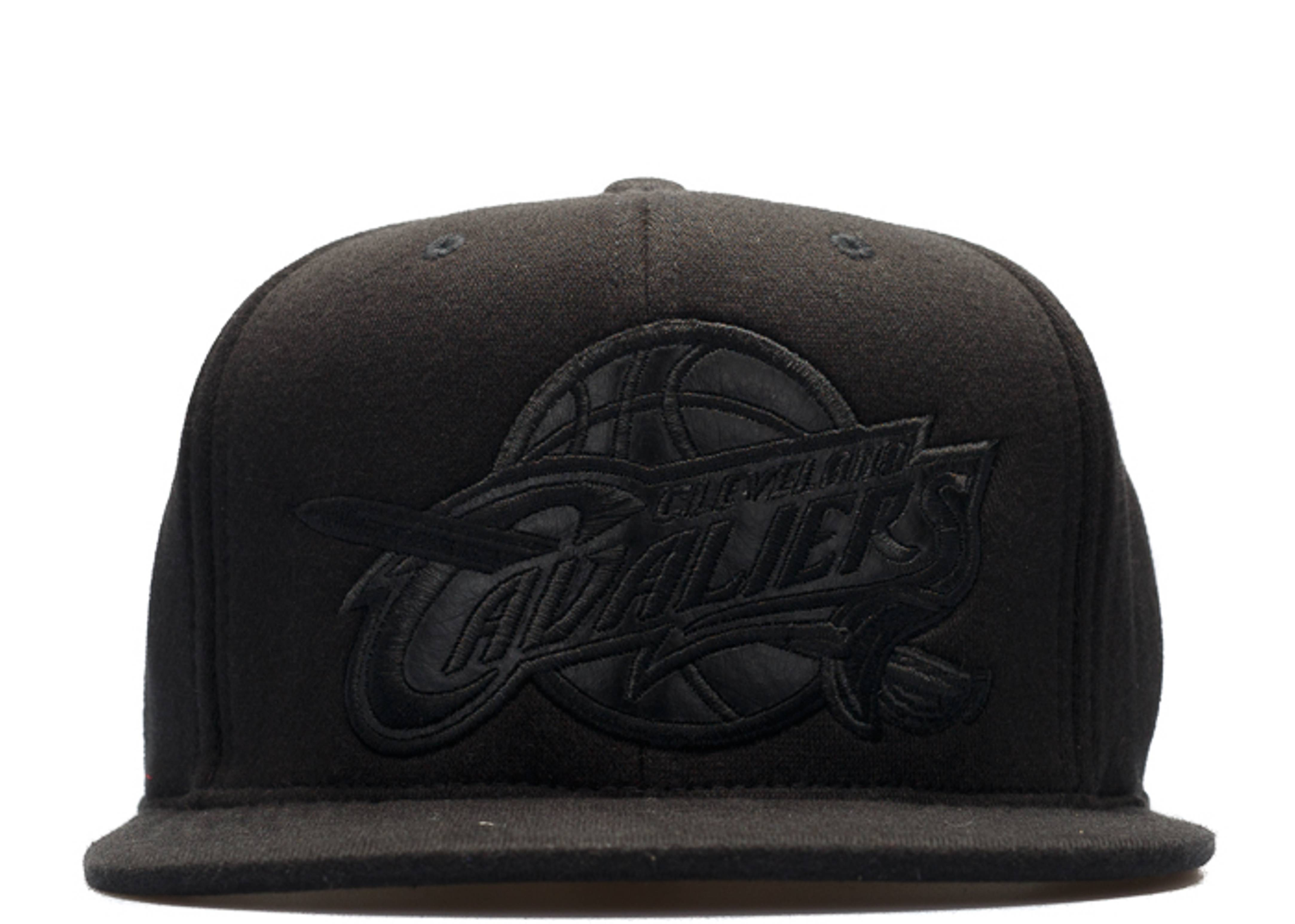 "cleveland cavaliers high crown fitted ""blackout"""