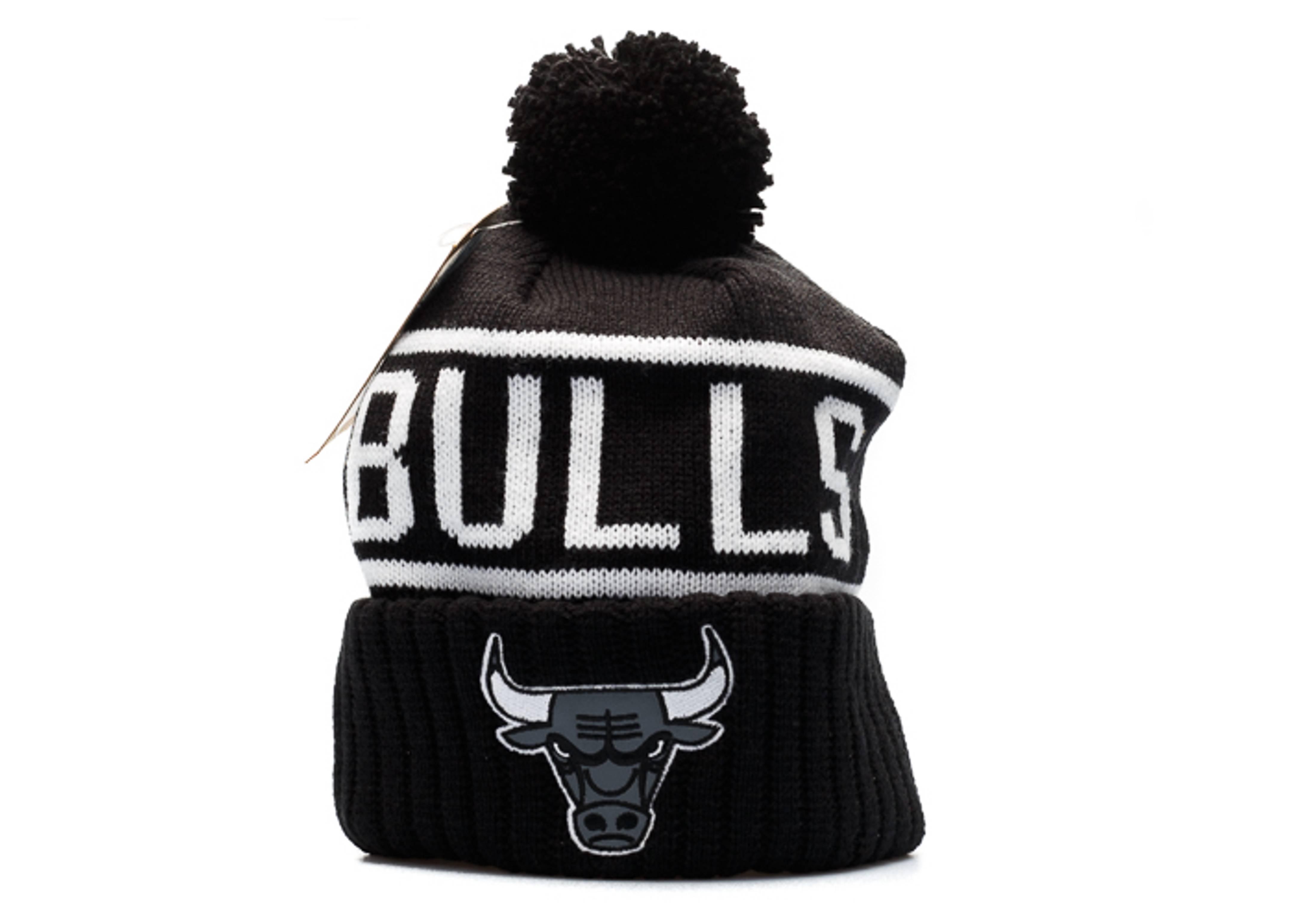 """chicago bulls knit cuffed pom beanie """"3m logo"""""""