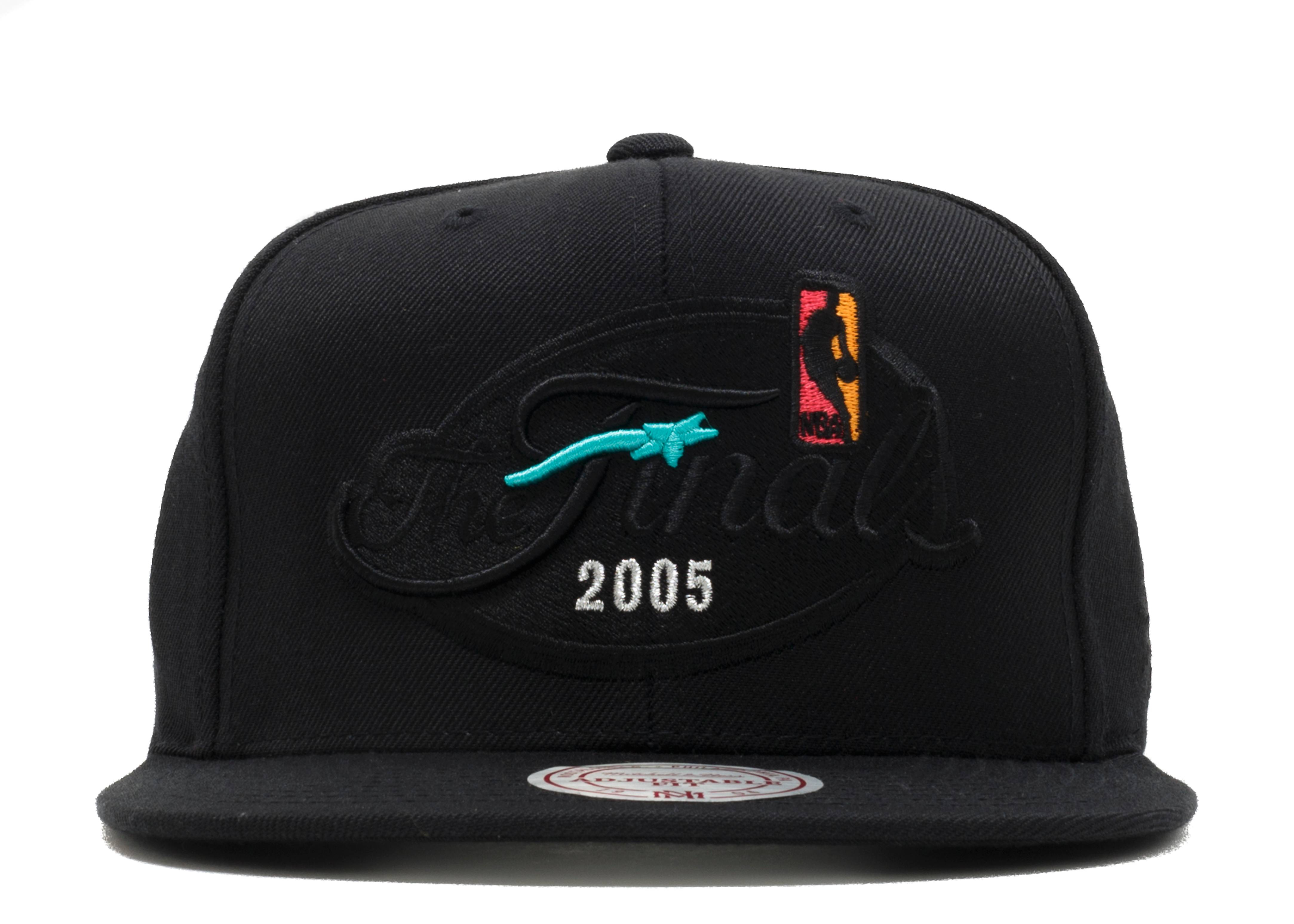 "san antonio spurs snap-back ""2005 nba finals"""