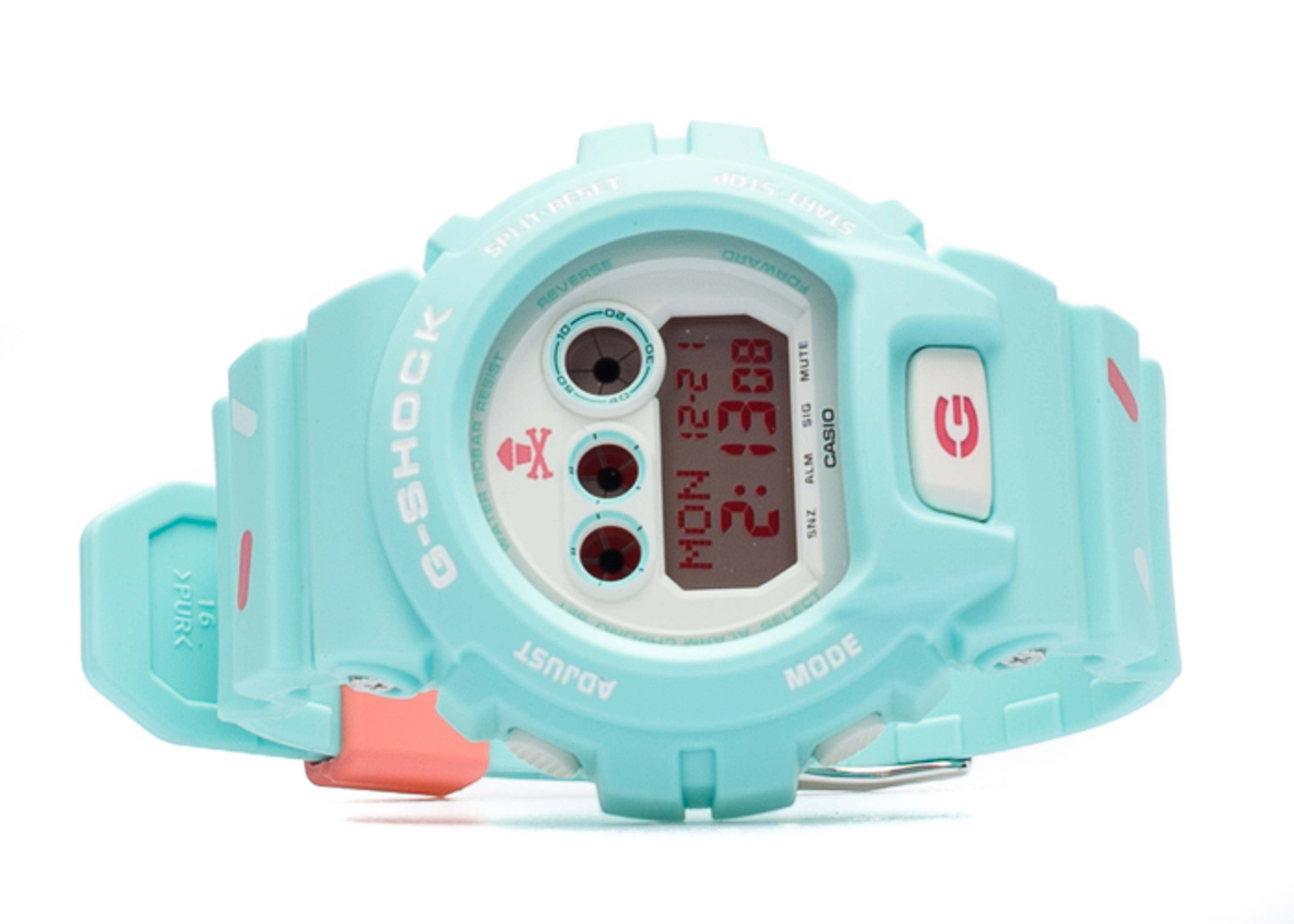 "g-shock gdx6900 ""johnny cupcakes"""