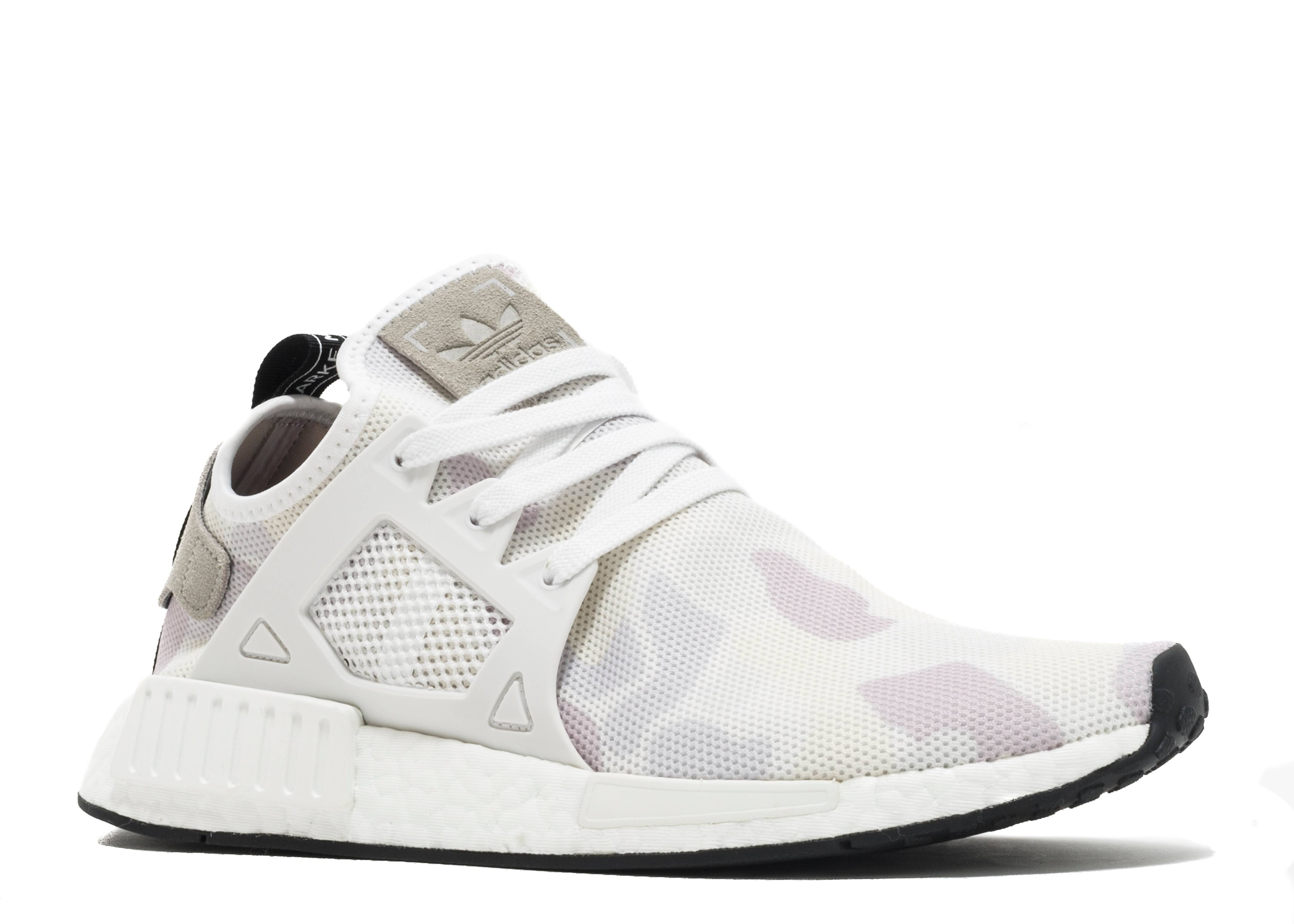 Please help the gods to see adidas nmd xr1 s32212