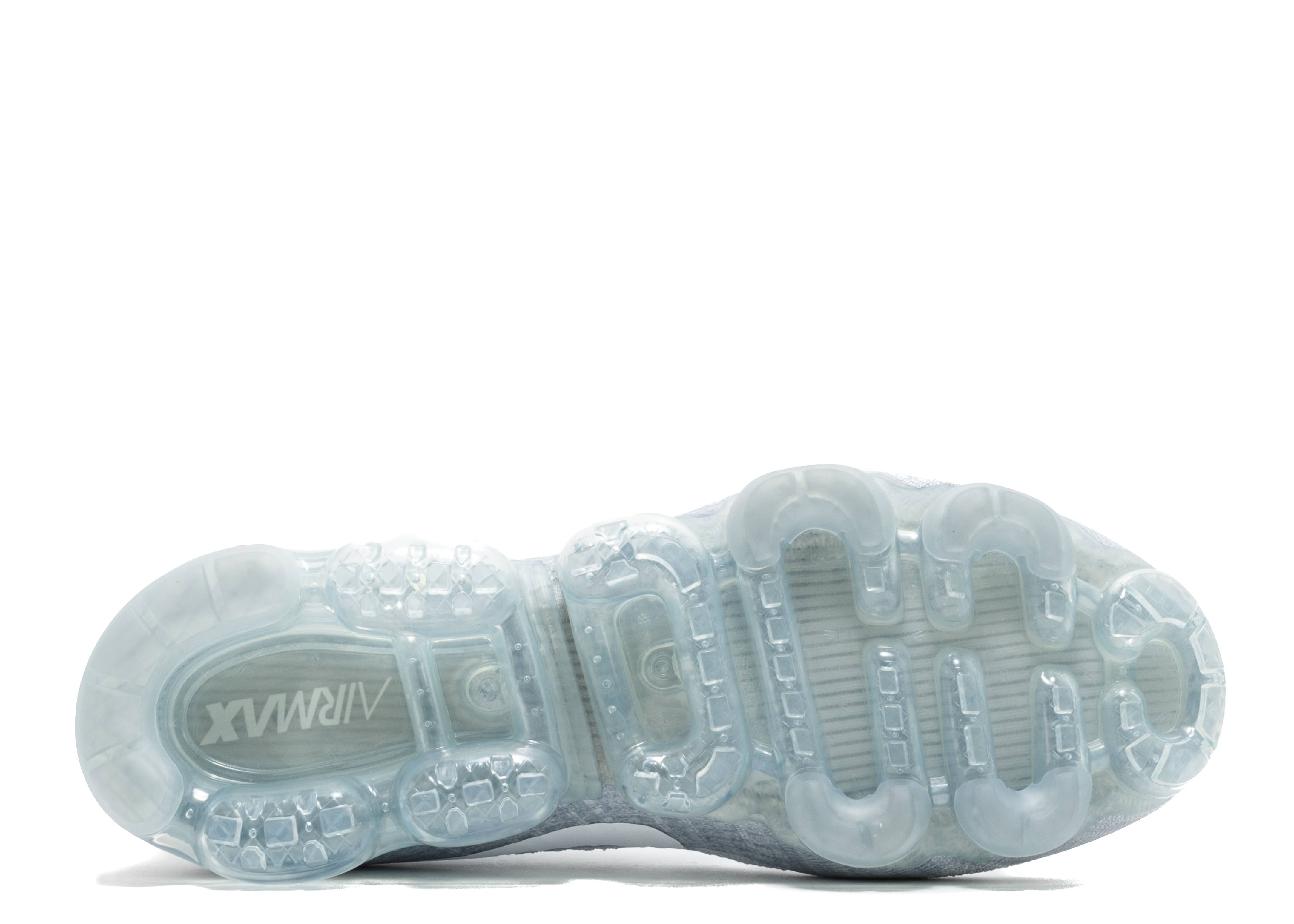 cheap for discount 16301 2f35c Nike Air Vapormax Flyknit