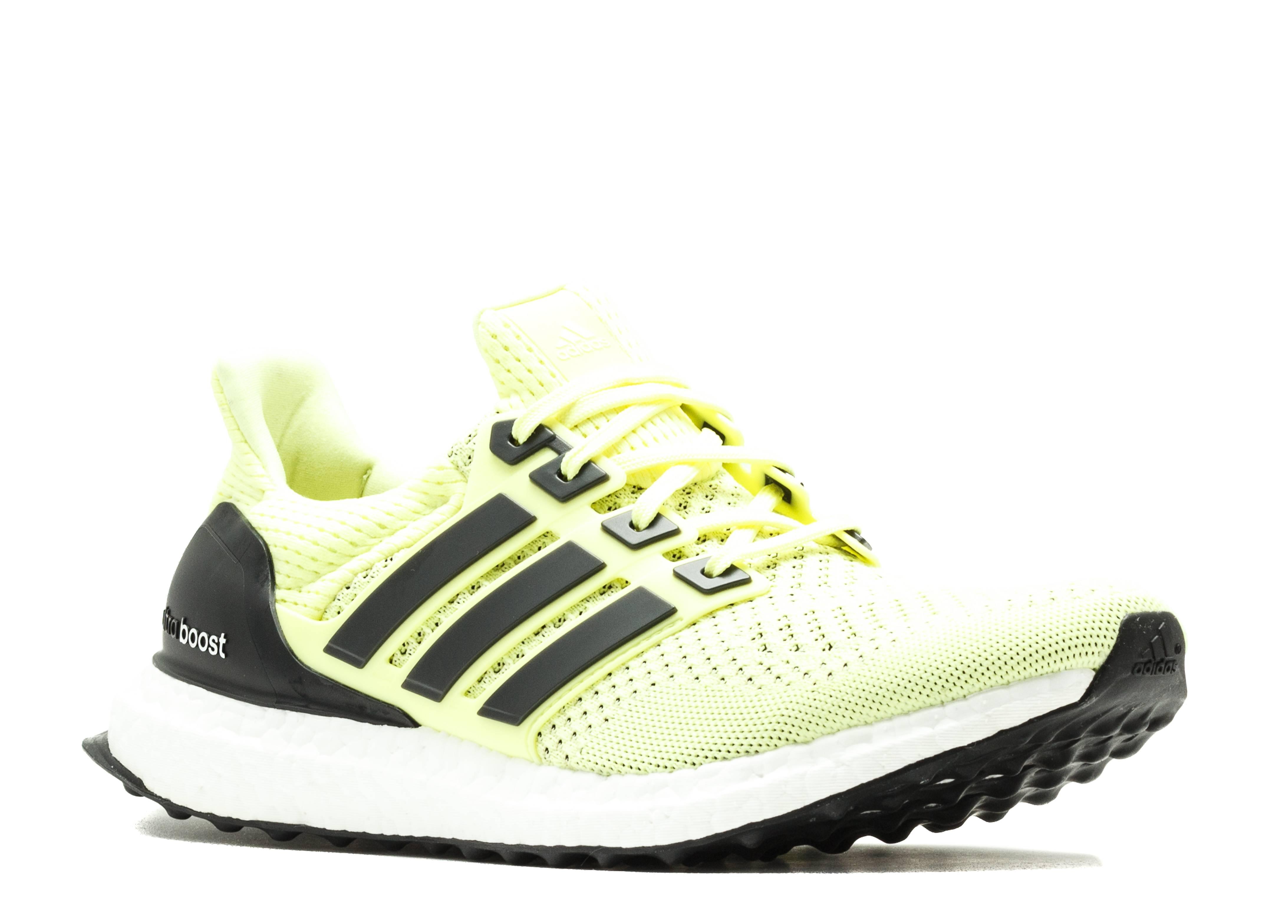 donna nera e gialla ultra impulso scarpe adidas