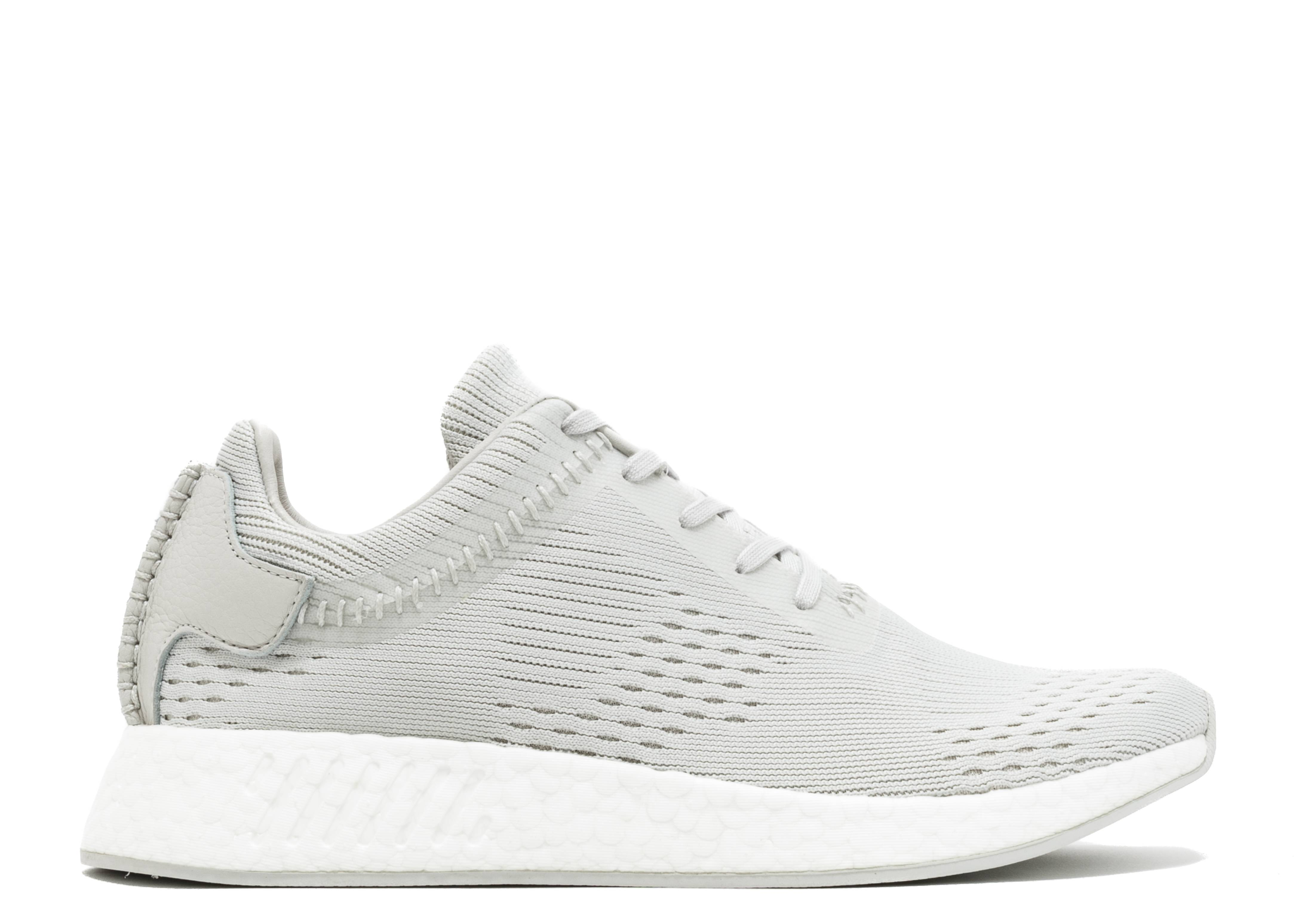 newest aa5e7 d104e wings+horns x NMD_R2 'Hint'