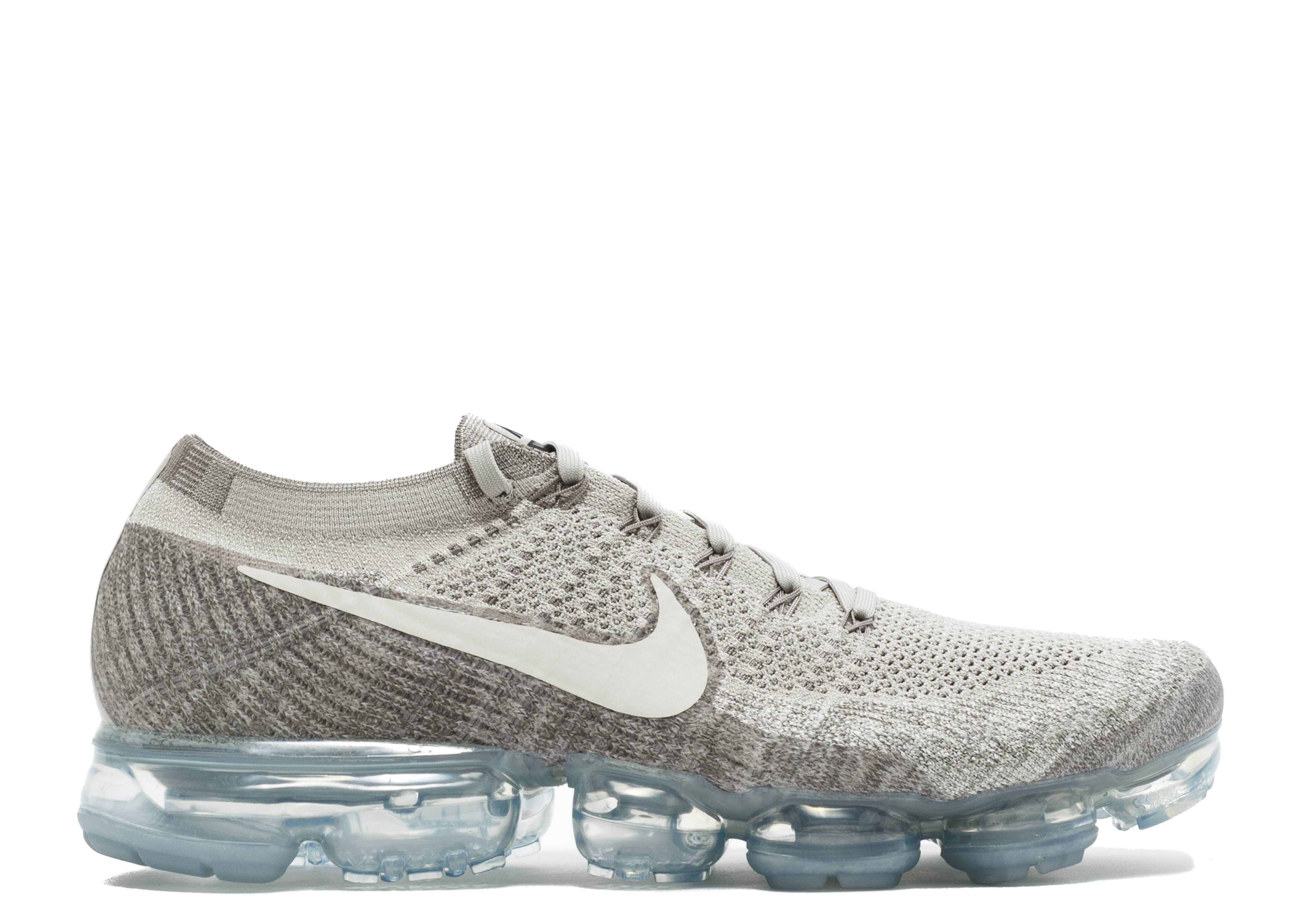 Nike Air Vapormax Flyknit: Pale Grey | Kicks in 2019 | Nike