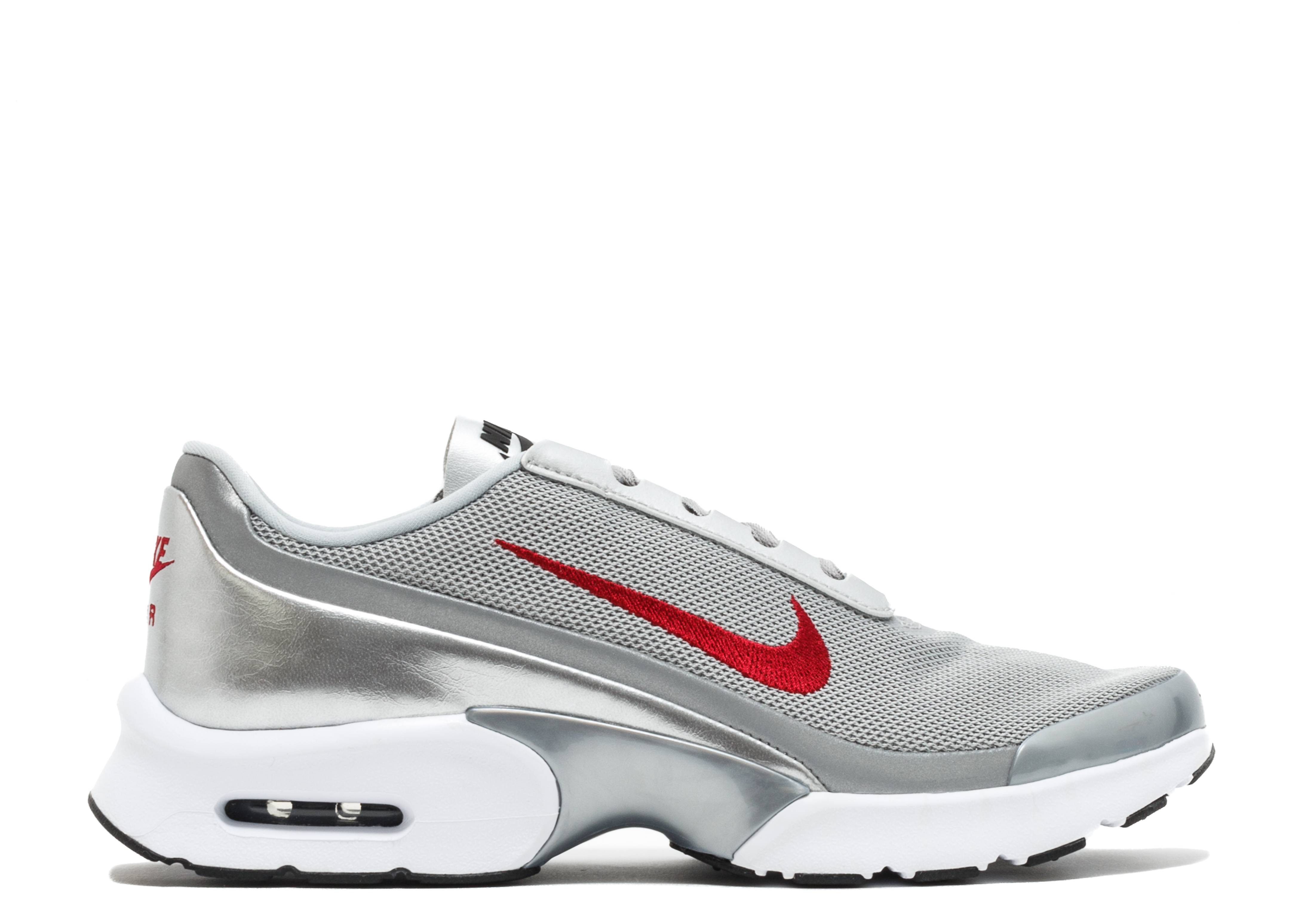 "Nike Air Max Jewell QS ""Silver Bullet"""