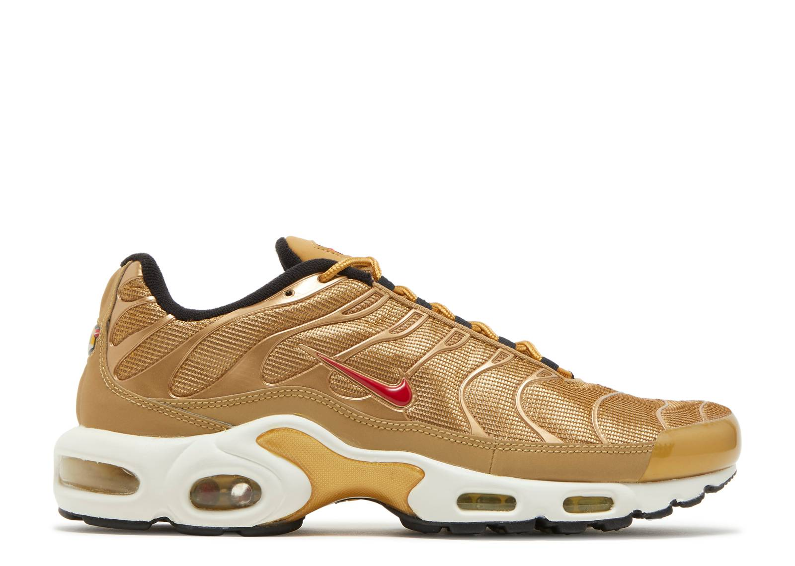 "wmns air max plus qs ""metallic gold"""
