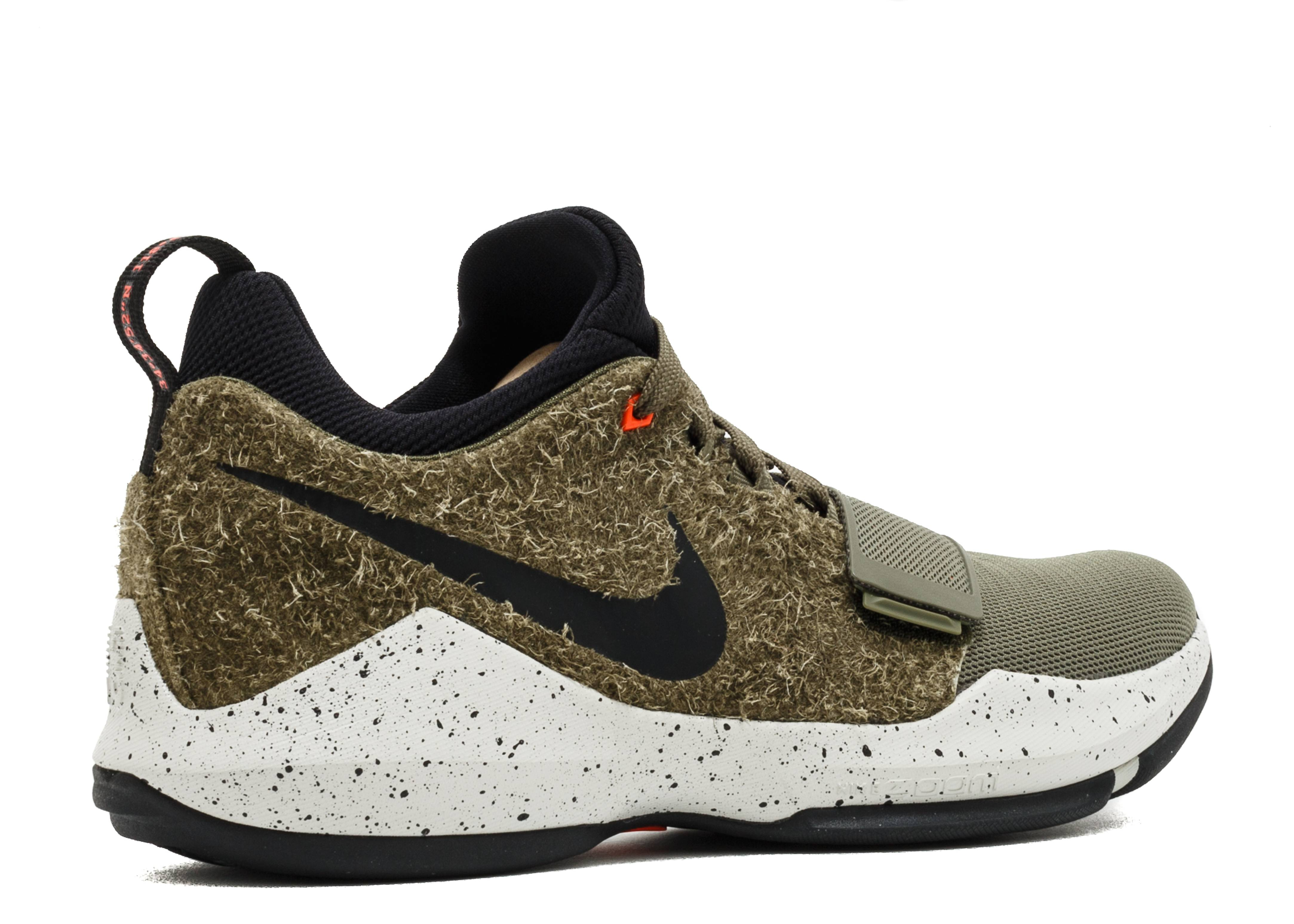 6a24f81974 Pg 1 Elements - Nike - 911085 200 - medium olive/black | Flight Club