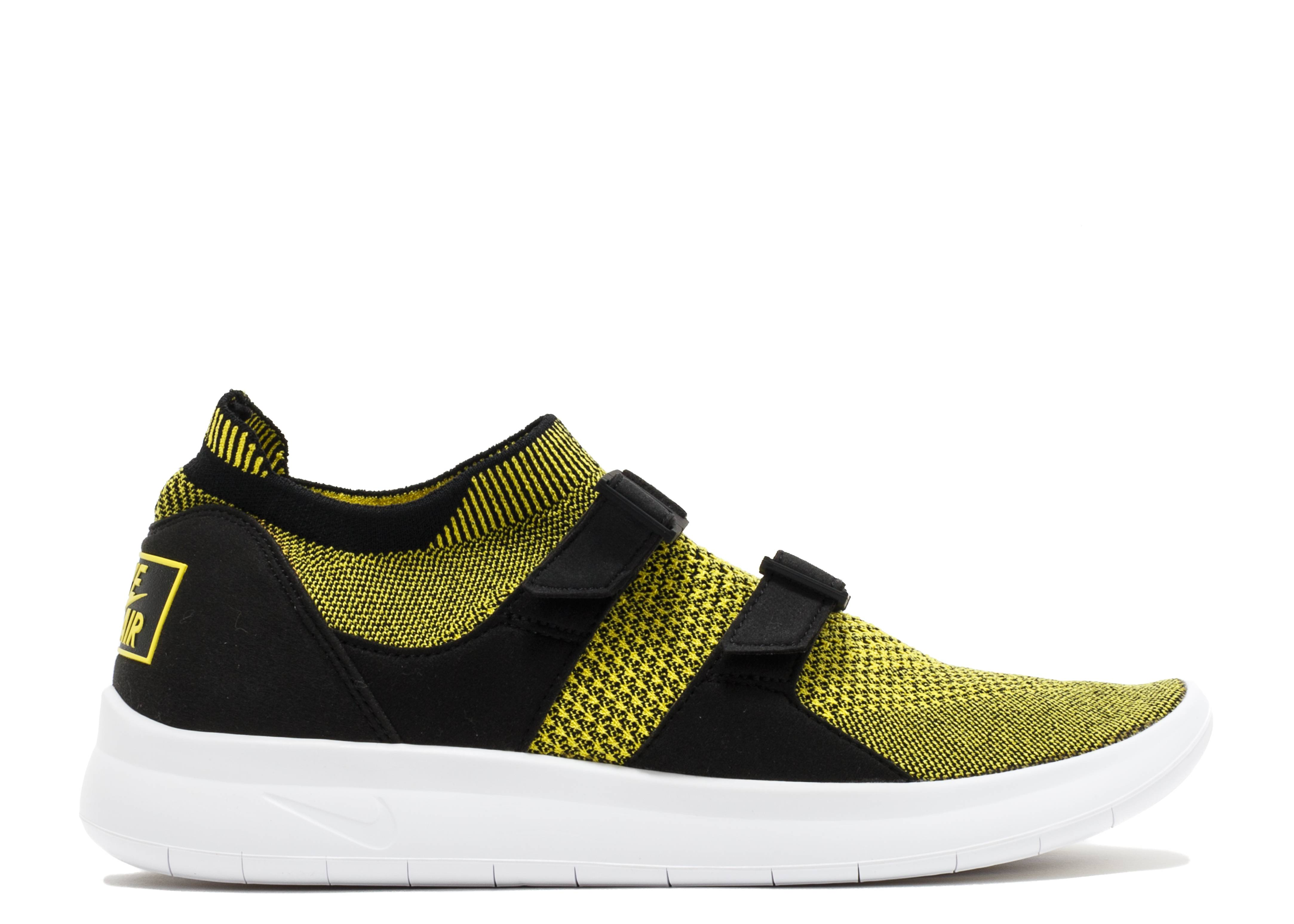 outlet store 796ba 84adf Nike Air Sockracer Flyknit