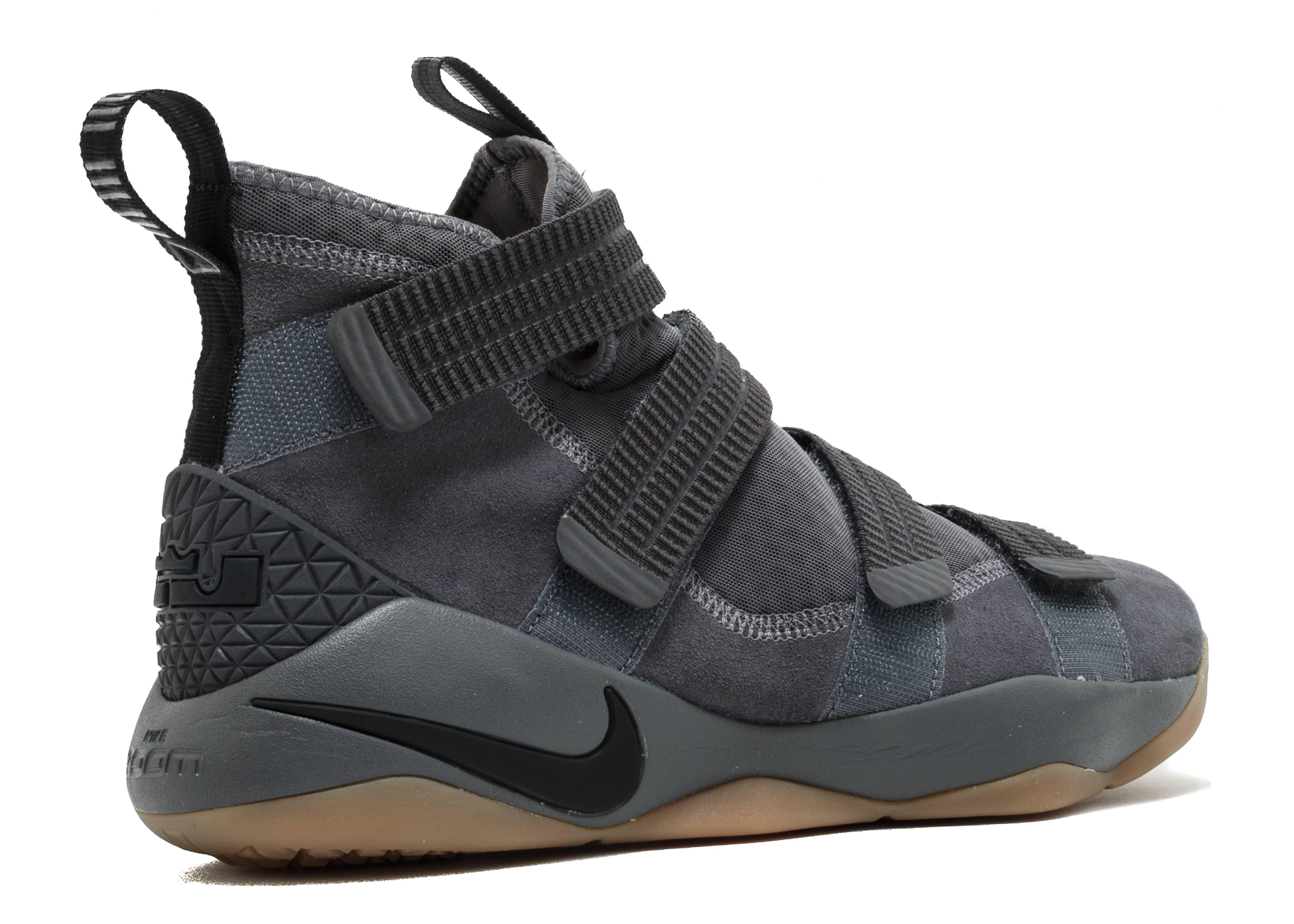 9983434875c Lebron Soldier Xi Sfg - Nike - 897646 003 - dark grey  black-circuit orange