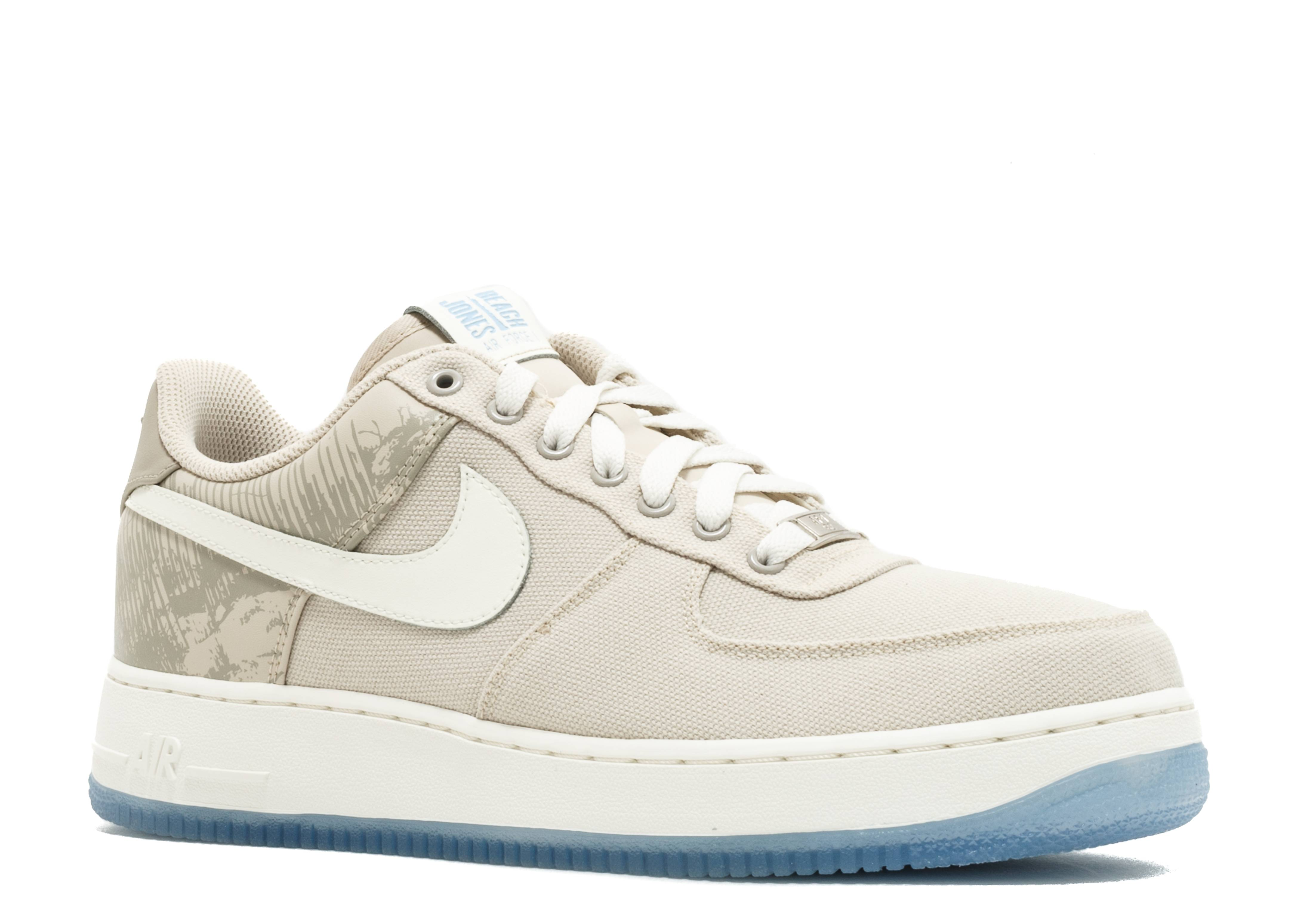low priced 32378 53f4d Nike Air Force 1 Low Retro