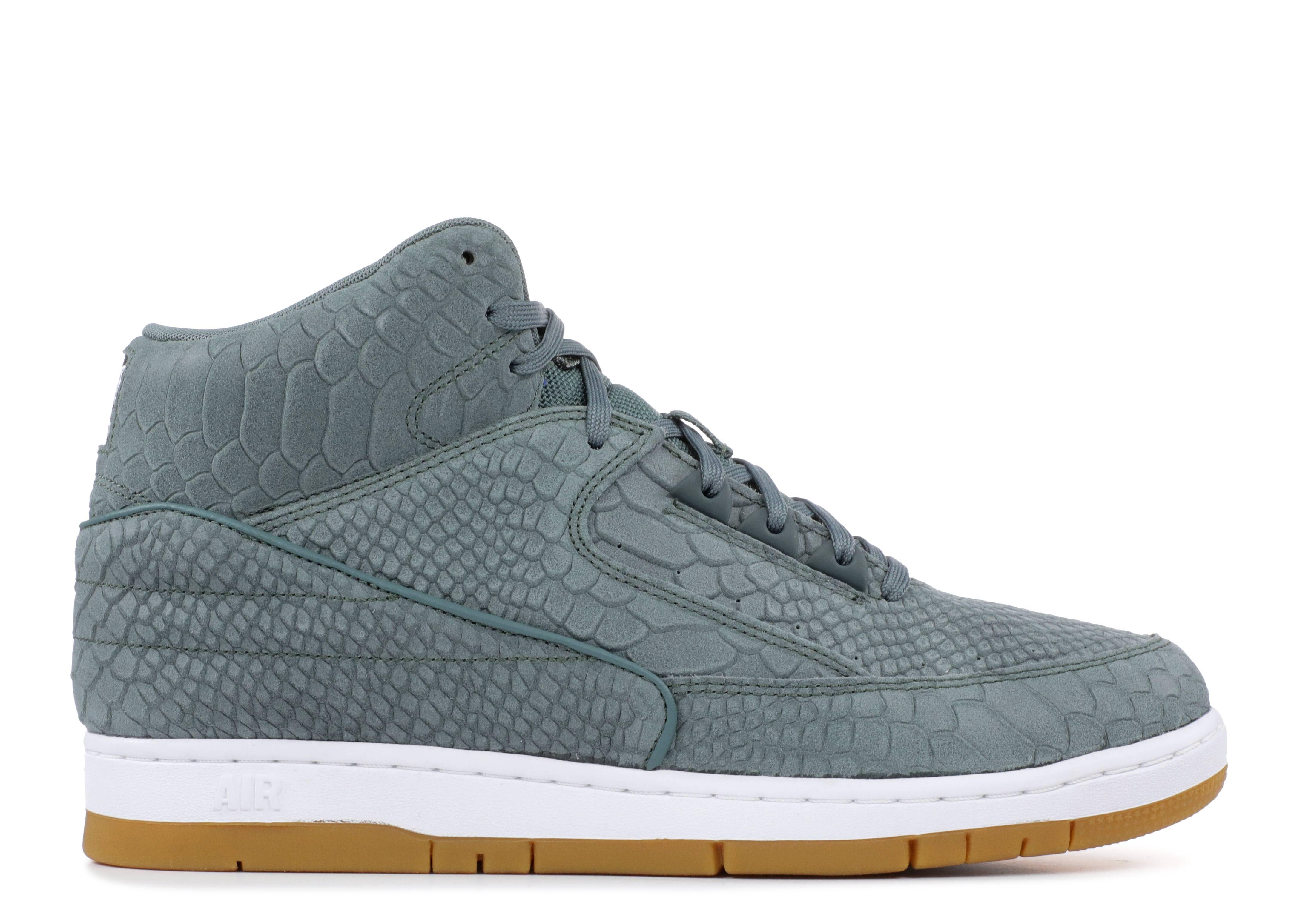 low priced bbf09 01b20 Nike Air Python Prm