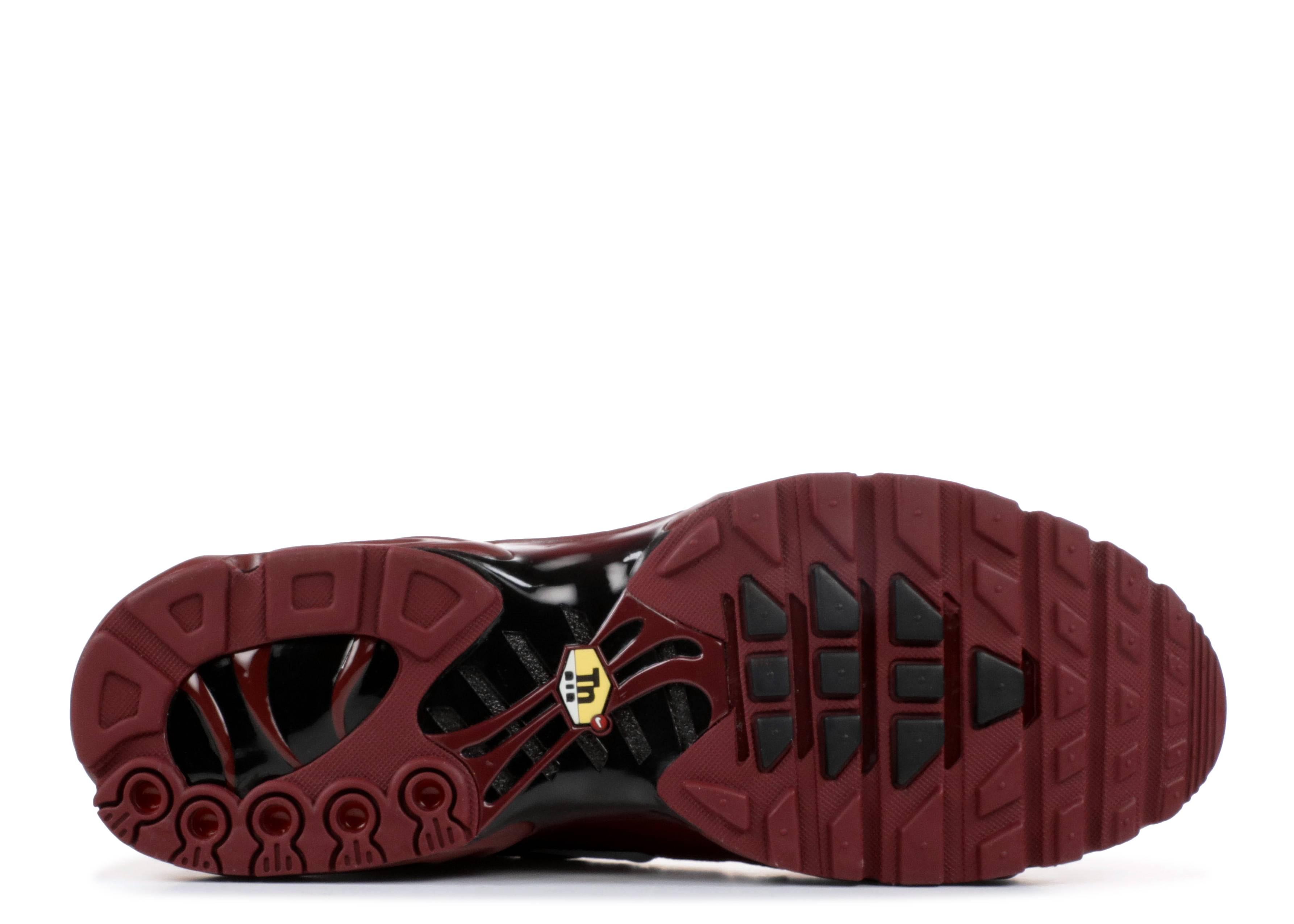 d6b42bb193 Air Max Plus - Nike - 852630 602 - team red/white-black | Flight Club