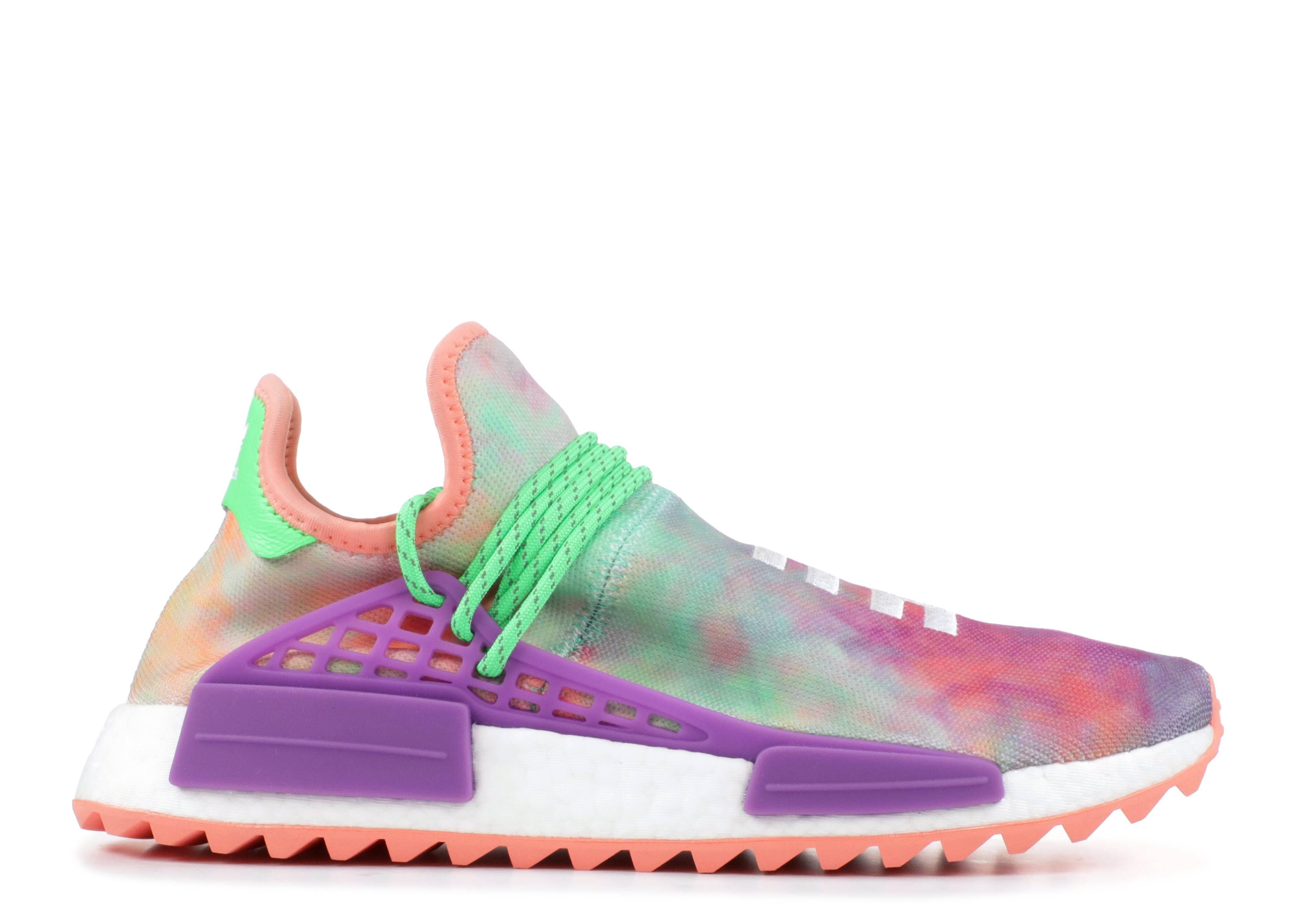 7713d2a80933a Pharrell - Adidas