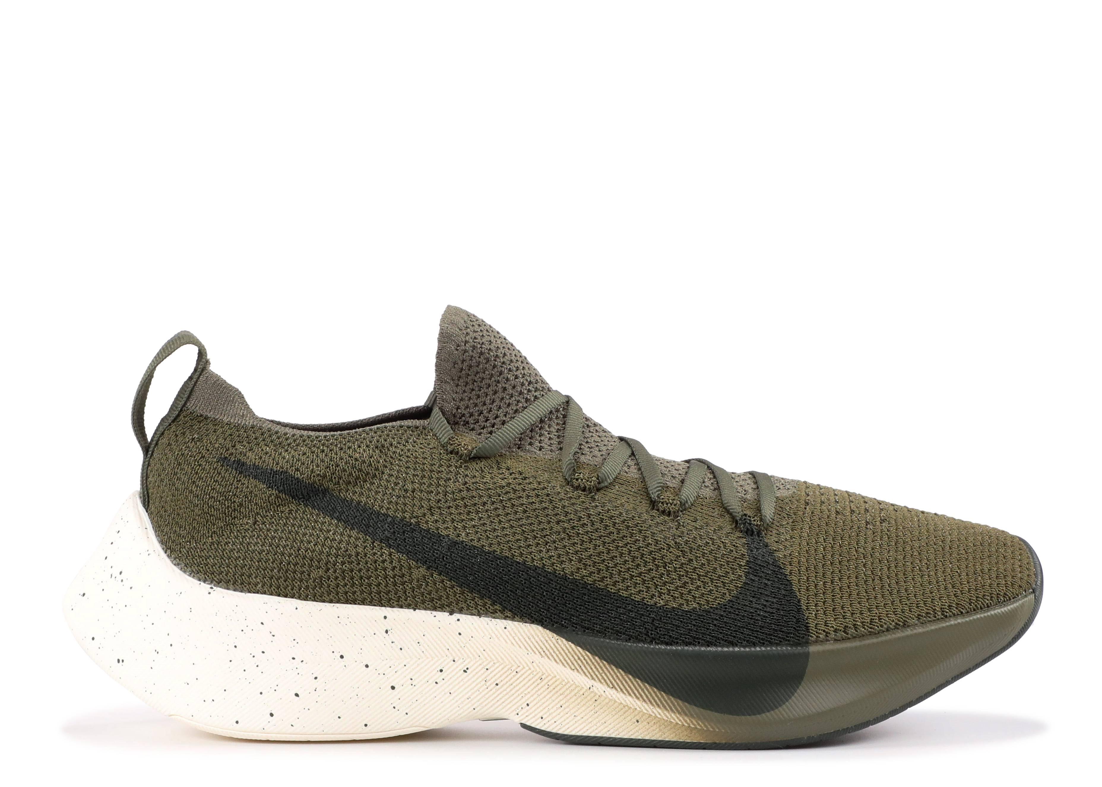 2d13c0cde8 Nike Vapor Street Flyknit - Nike - AQ1763 201 - medium olive/sequoia ...