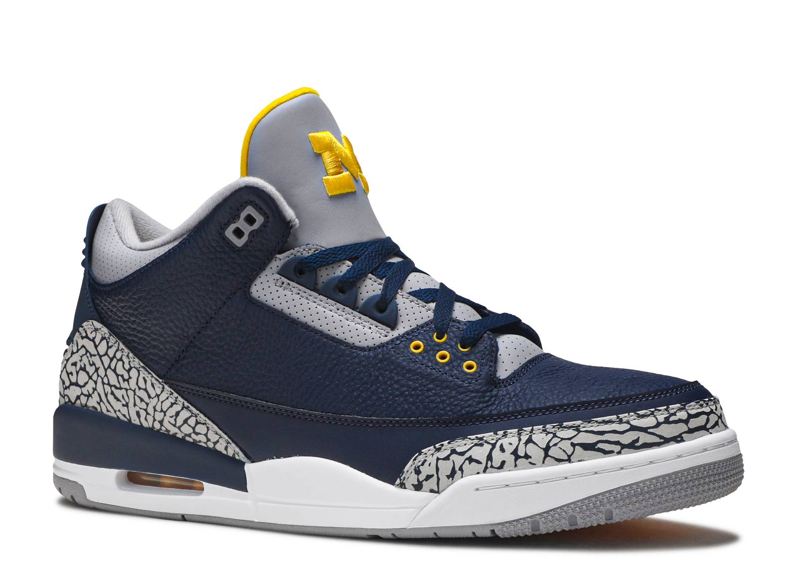 51a8ced39ec57 Air Jordan 3 Retro