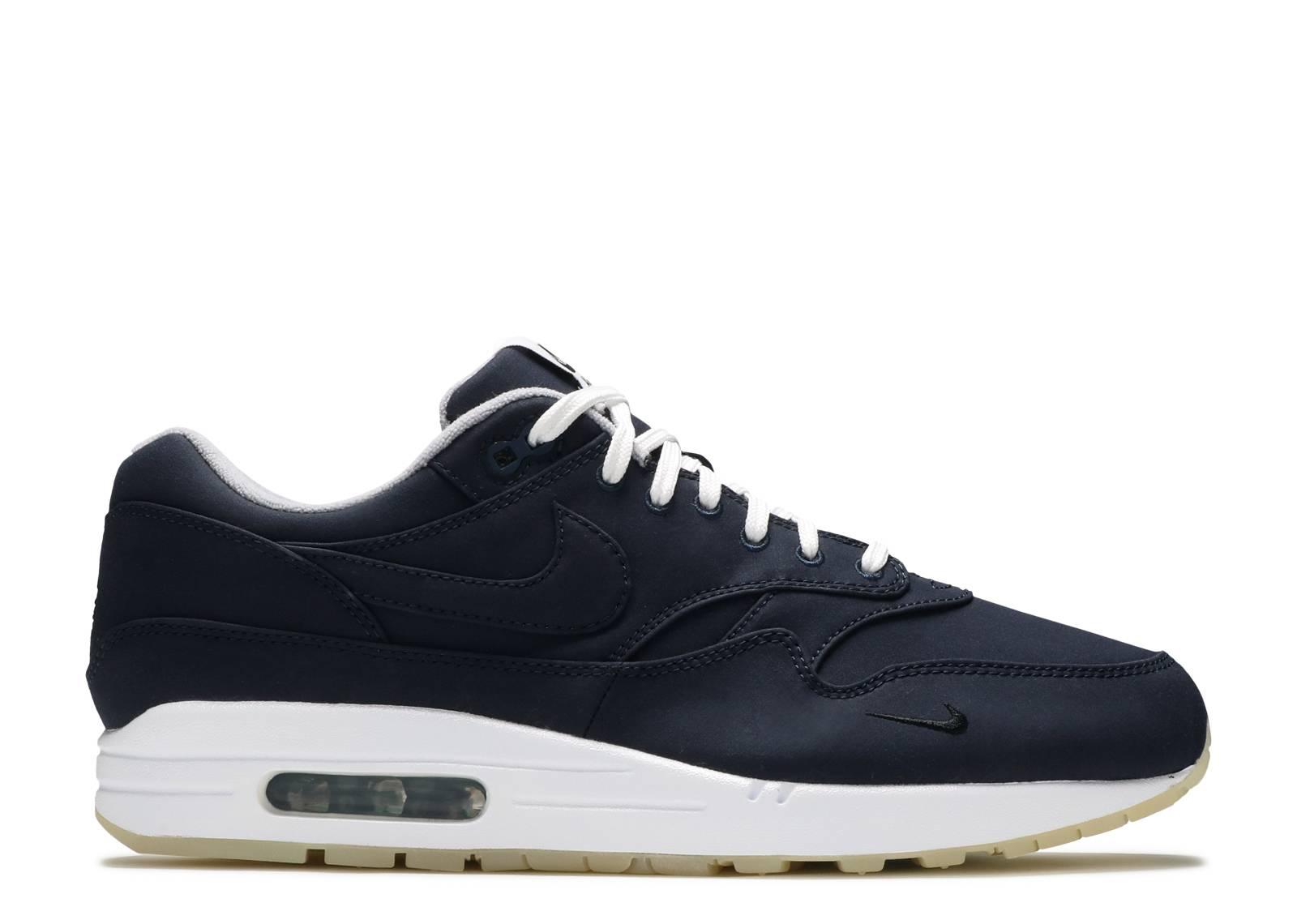 bf000b5bc1 Nike Air MAx 1 / DSM
