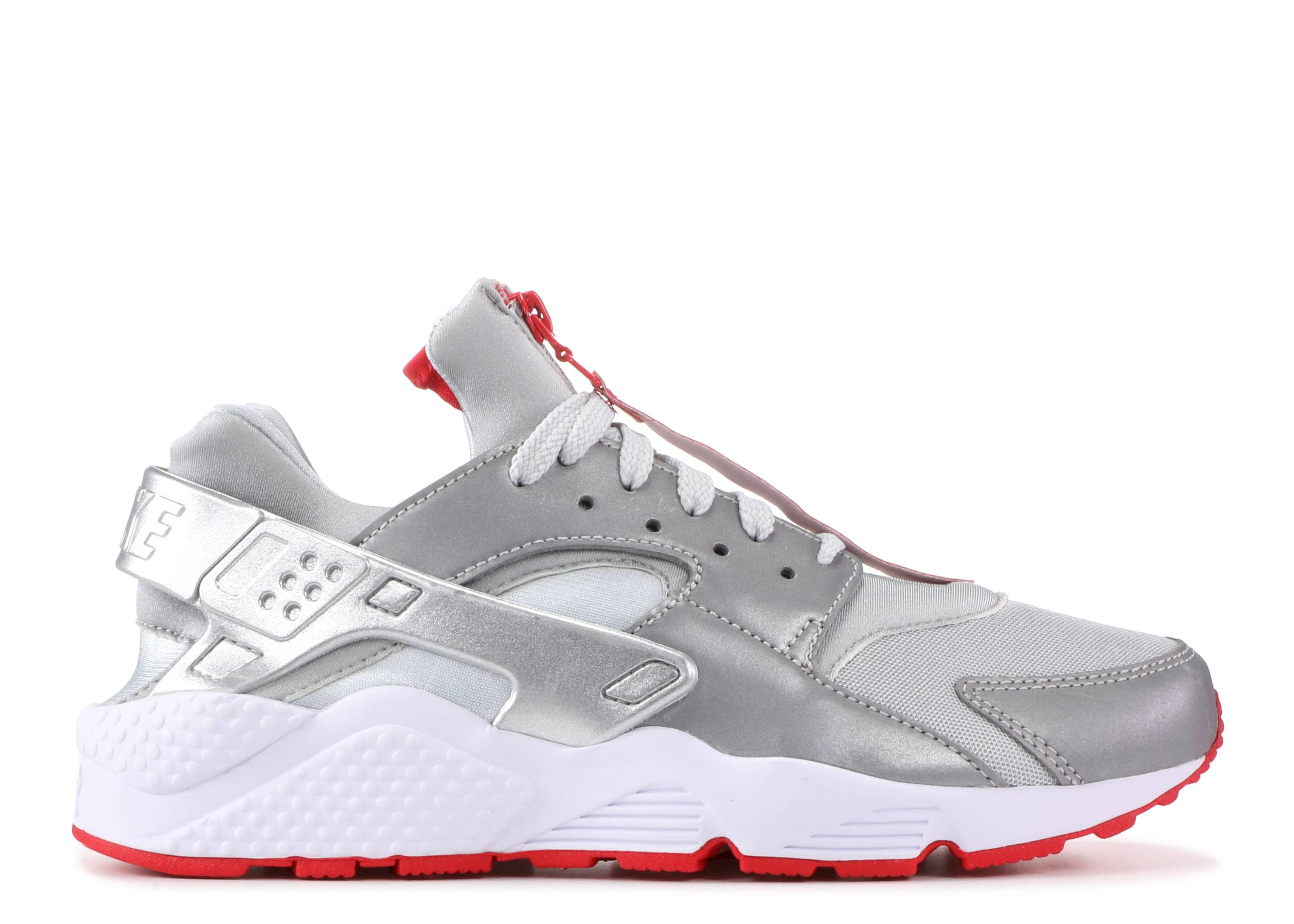 0e12eca46bfe3 Nike Air Huarache Run Zip QS