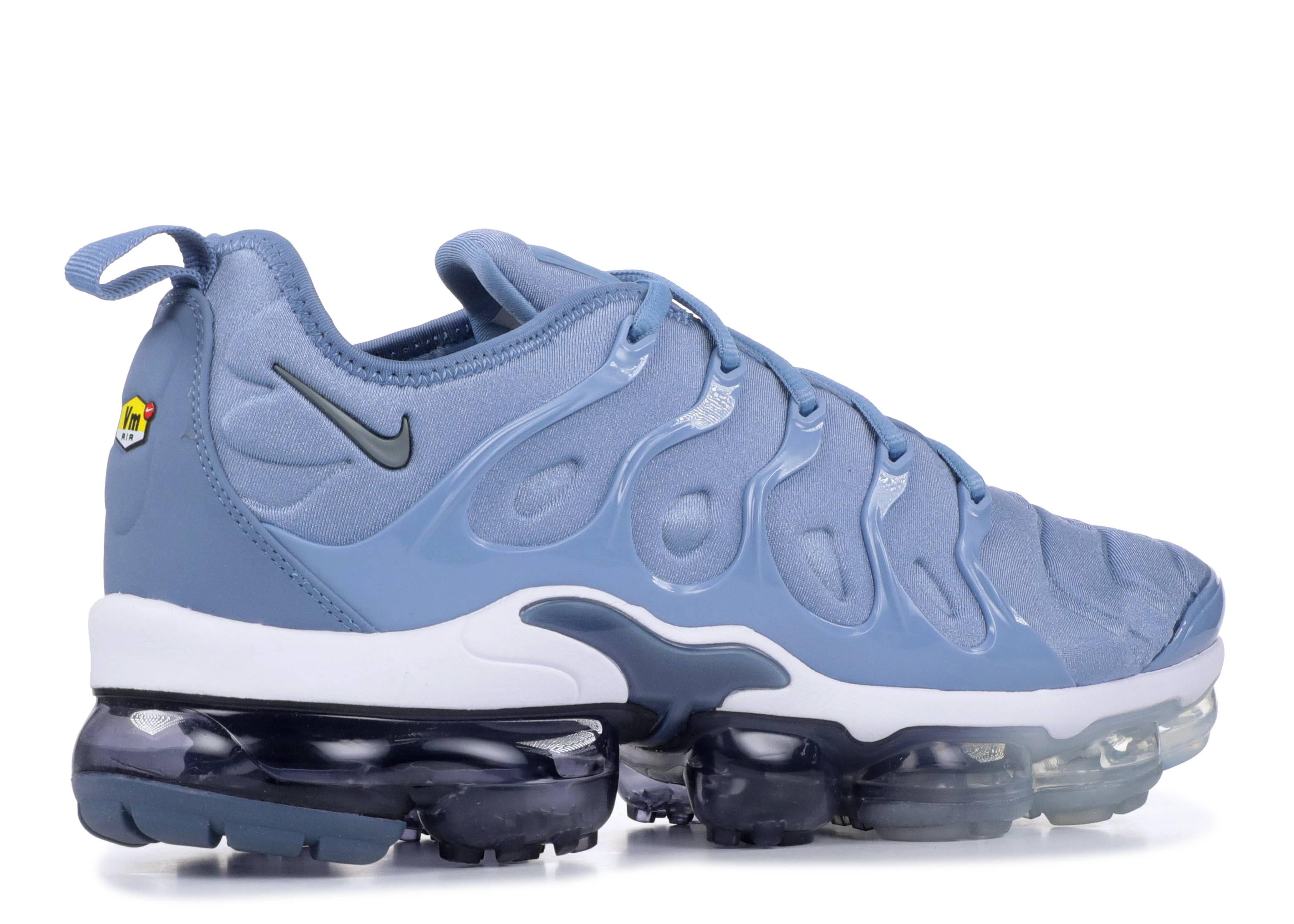 23015b3f8cd Air Vapormax Plus - Nike - 924453 402 - work blue cool grey