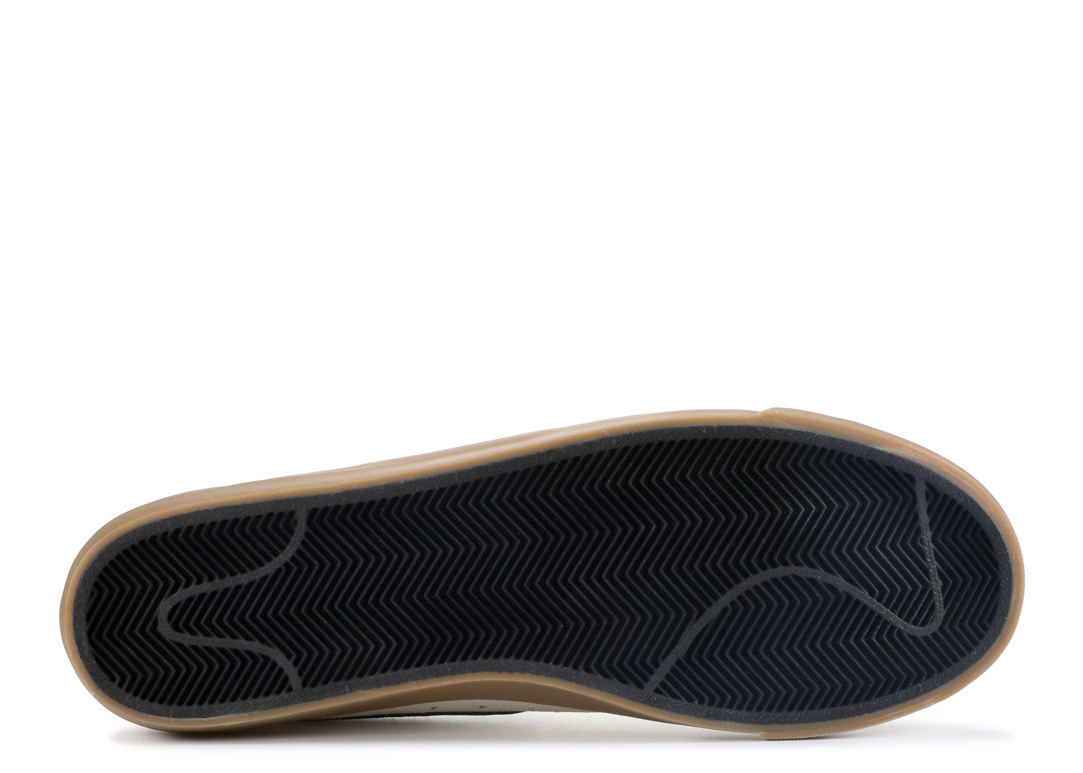 newest 00a93 1e0a9 Blazer Low GT - Nike - 704939 109 - ivory black-gum light brown   Flight  Club