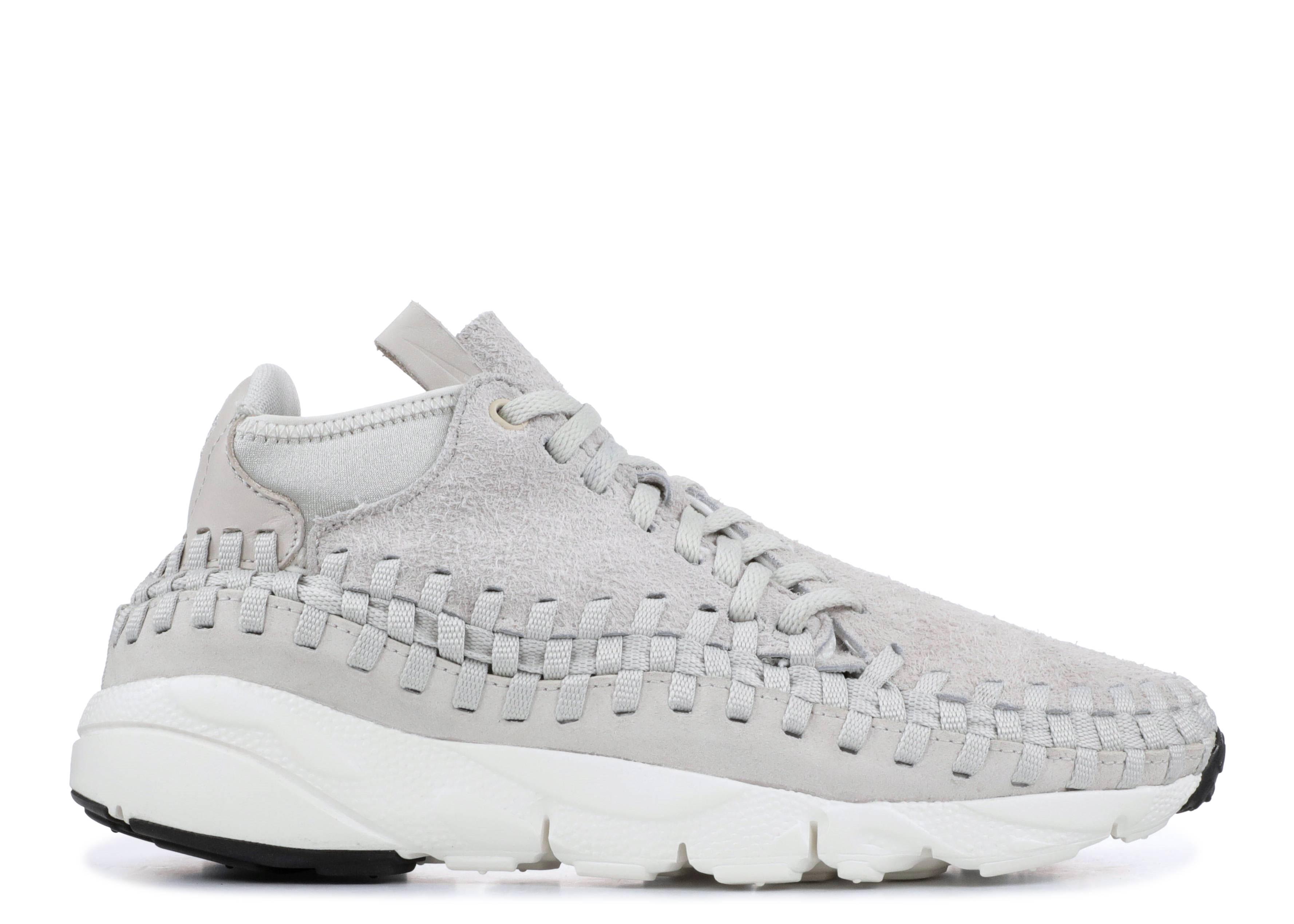 separation shoes 695a6 f95ed nike. air footscape woven chukka qs