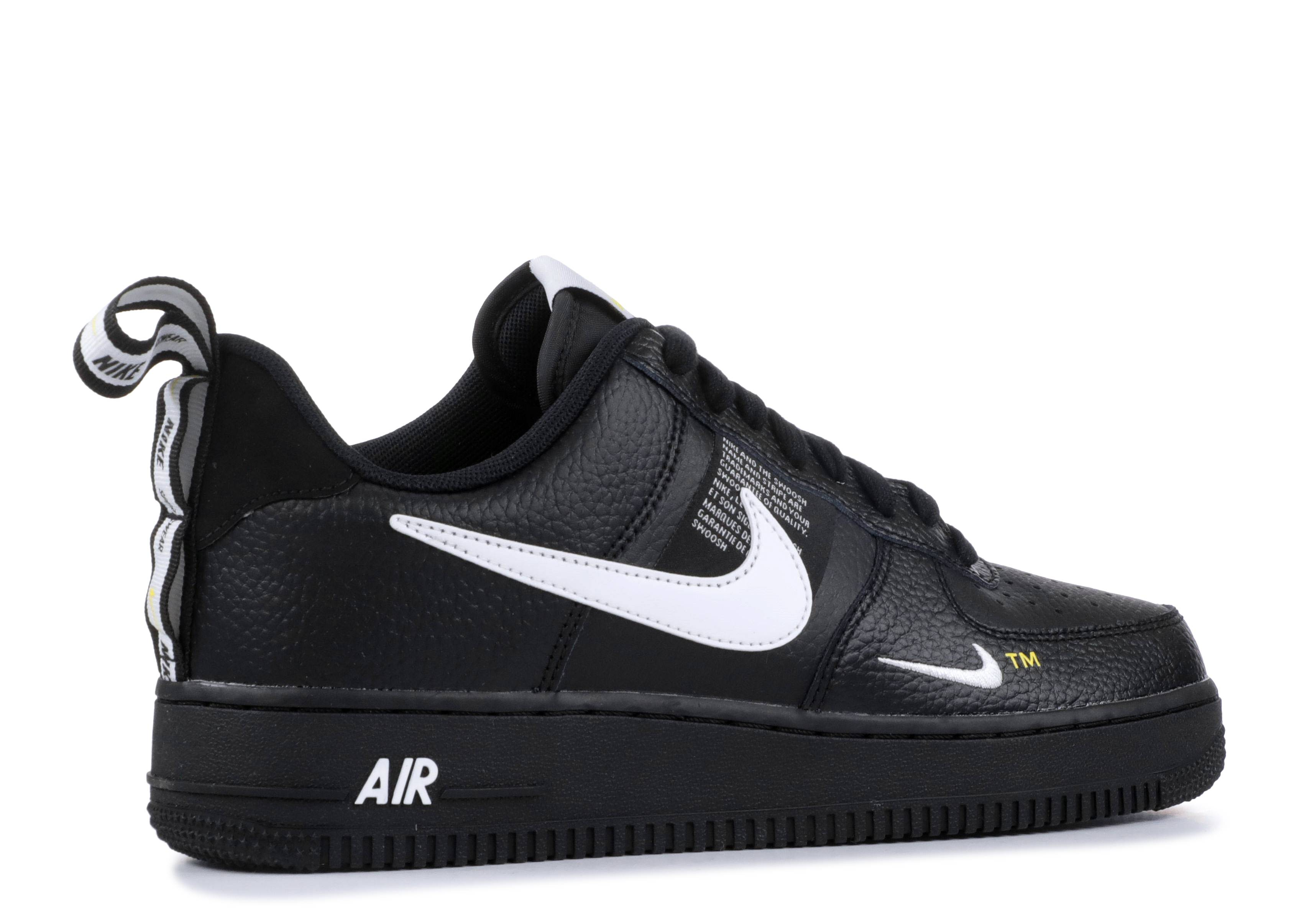 NIKE AIR FORCE 1 07 LV8 1 Shoes